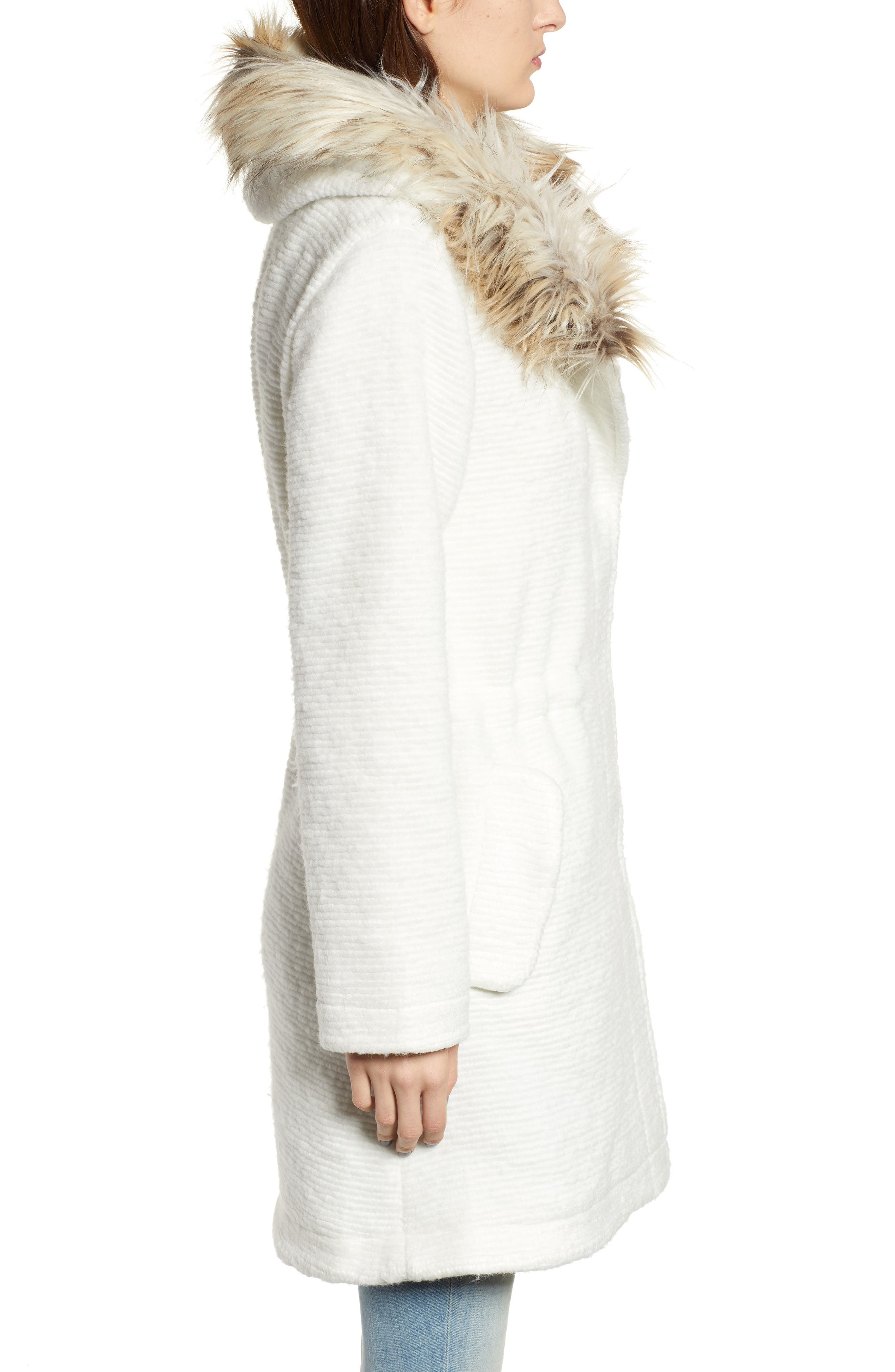 Coat On Ribbed Coat with Faux Fur Trim,                             Alternate thumbnail 3, color,                             IVORY