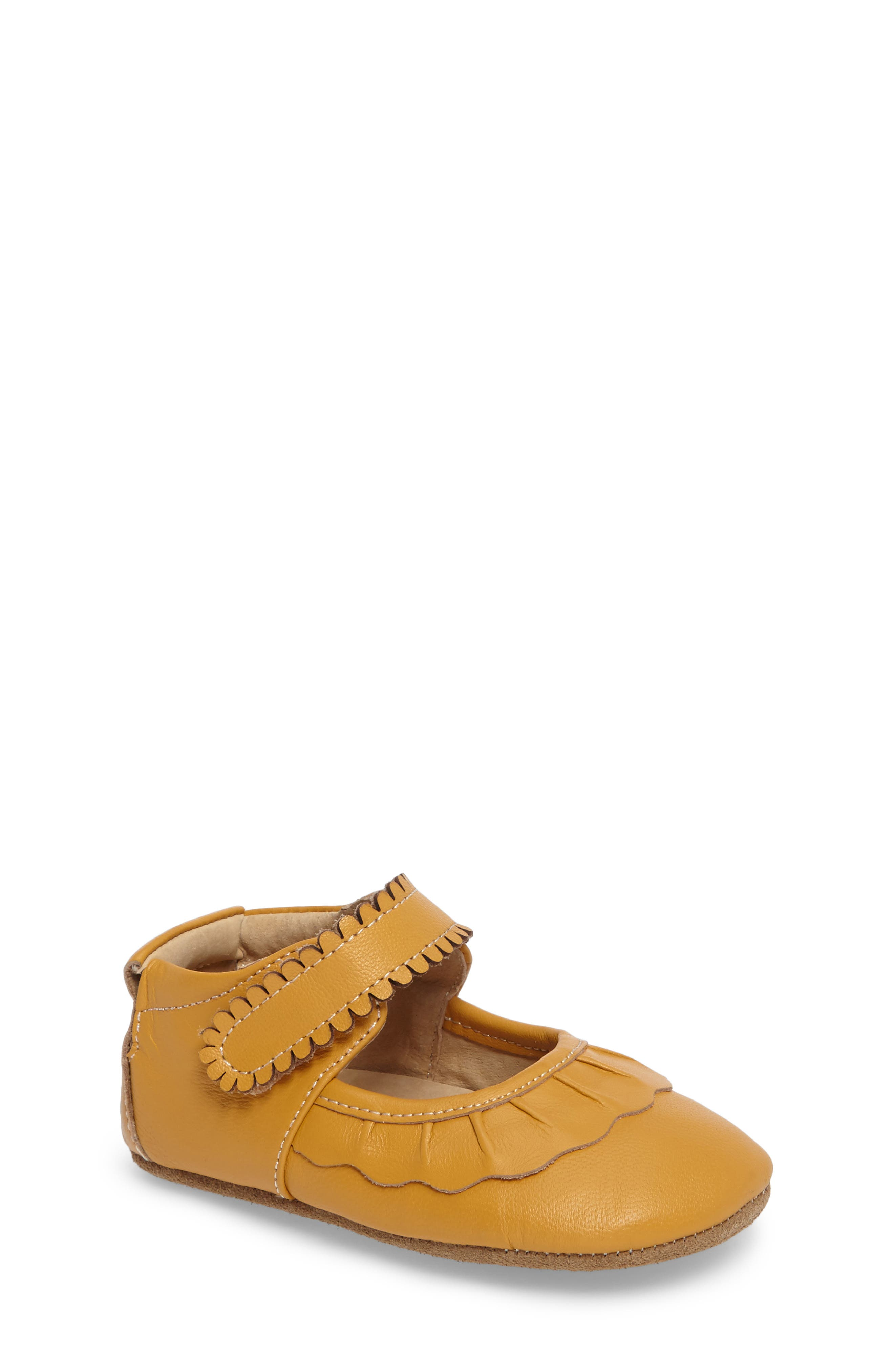 'Ruche' Mary Jane Crib Shoe,                         Main,                         color, BUTTERSCOTCH LEATHER