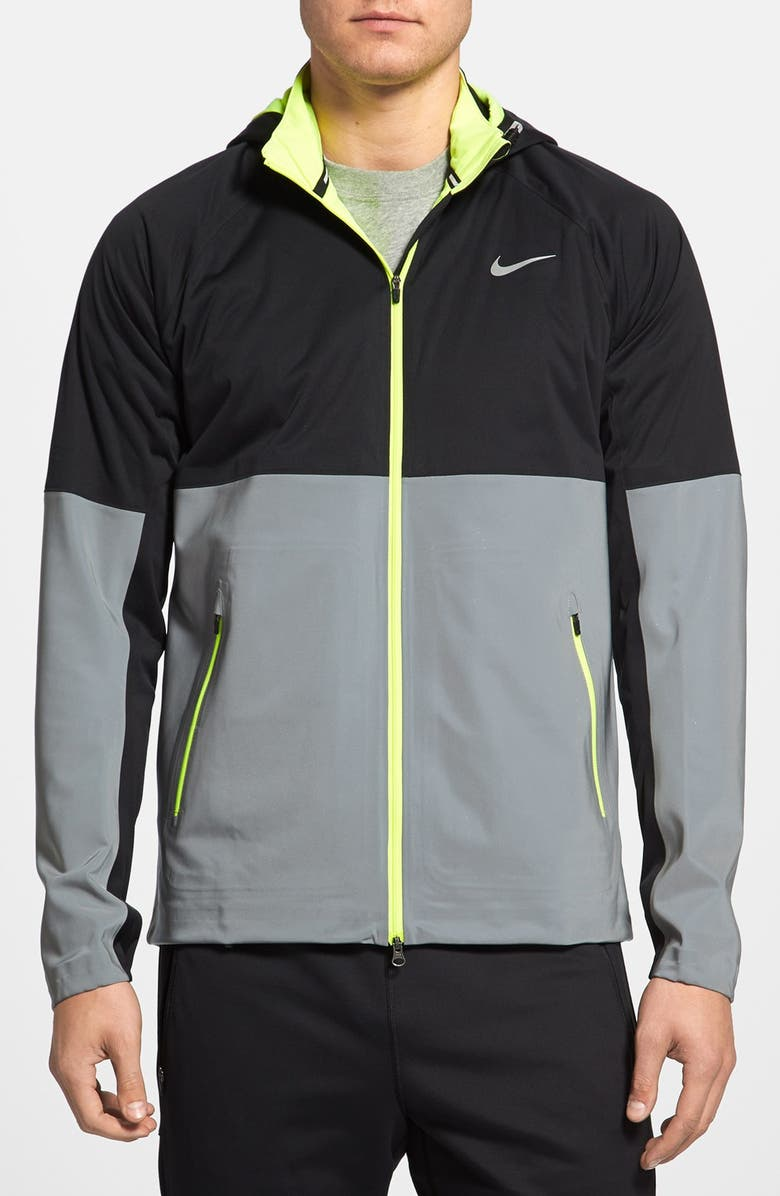 a1c2ec01c88b Nike  Element - Shield Flash  Storm-FIT Hooded Running Jacket ...