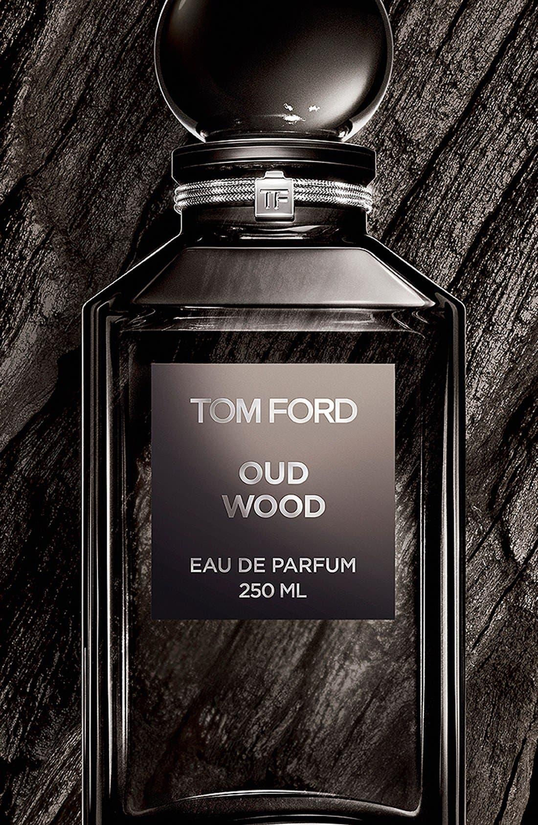 Private Blend Oud Wood Eau de Parfum Decanter,                             Alternate thumbnail 3, color,                             NO COLOR