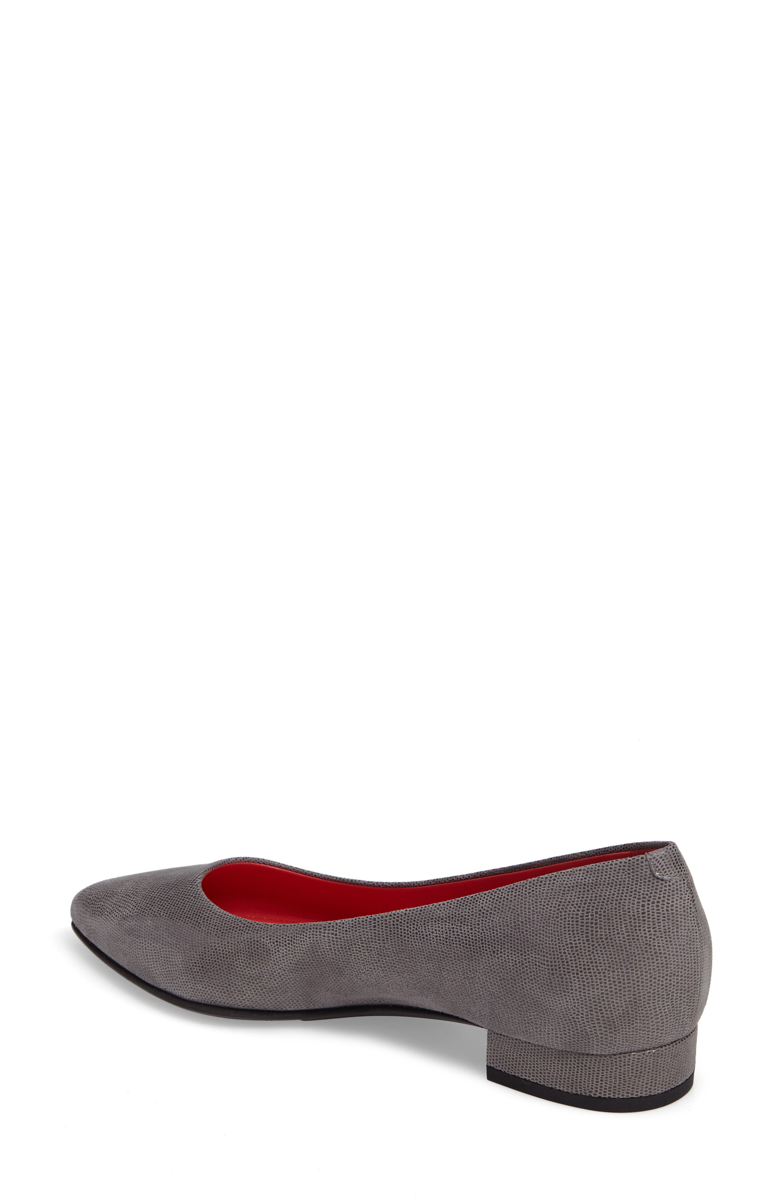 Pointy Toe Low Pump,                             Alternate thumbnail 5, color,