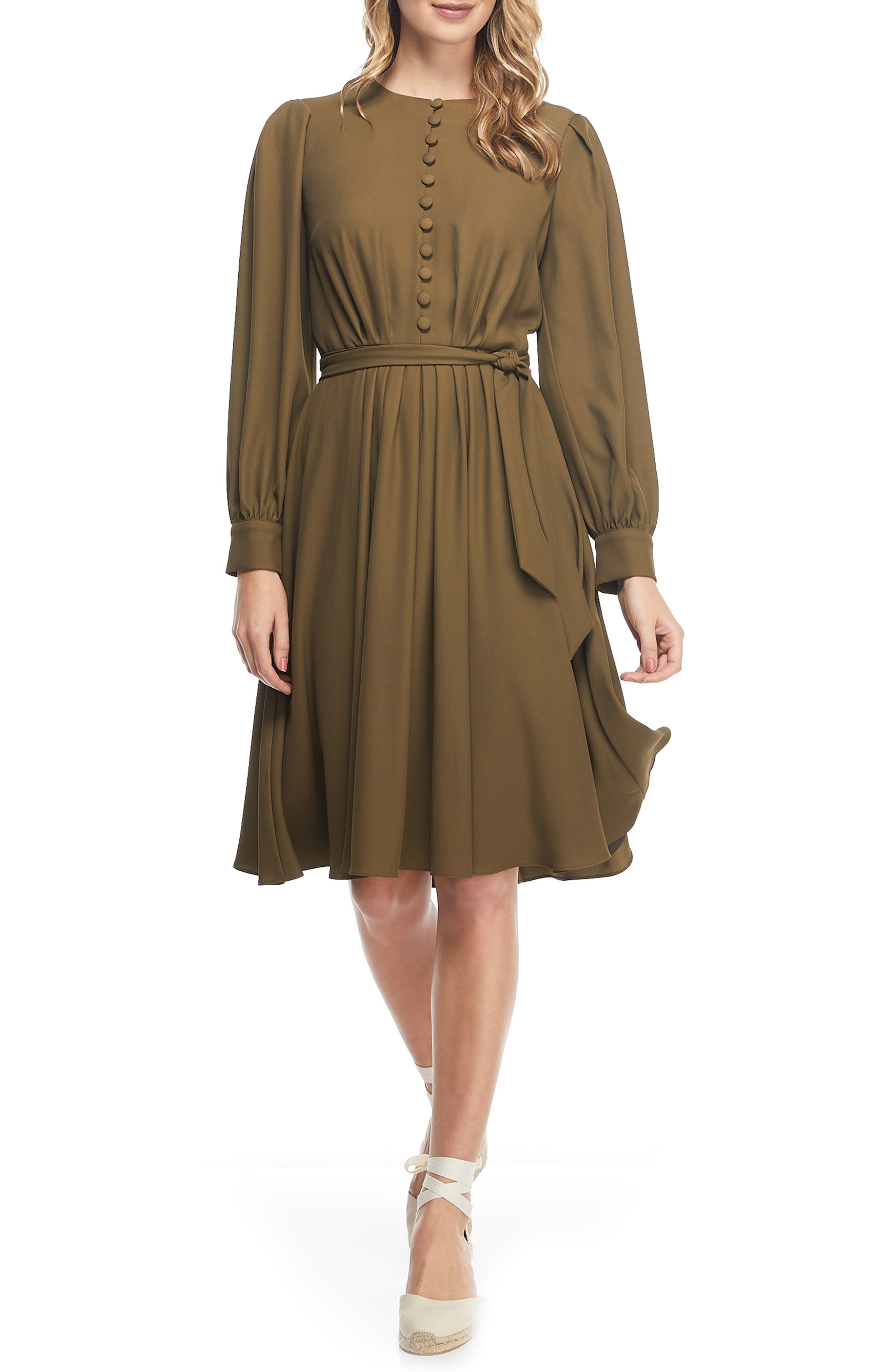 70s Dresses – Boho, Hippie, Disco, Wrap Dresses Womens Gal Meets Glam Collection Madelyn Stretch Crepe Dress $118.80 AT vintagedancer.com