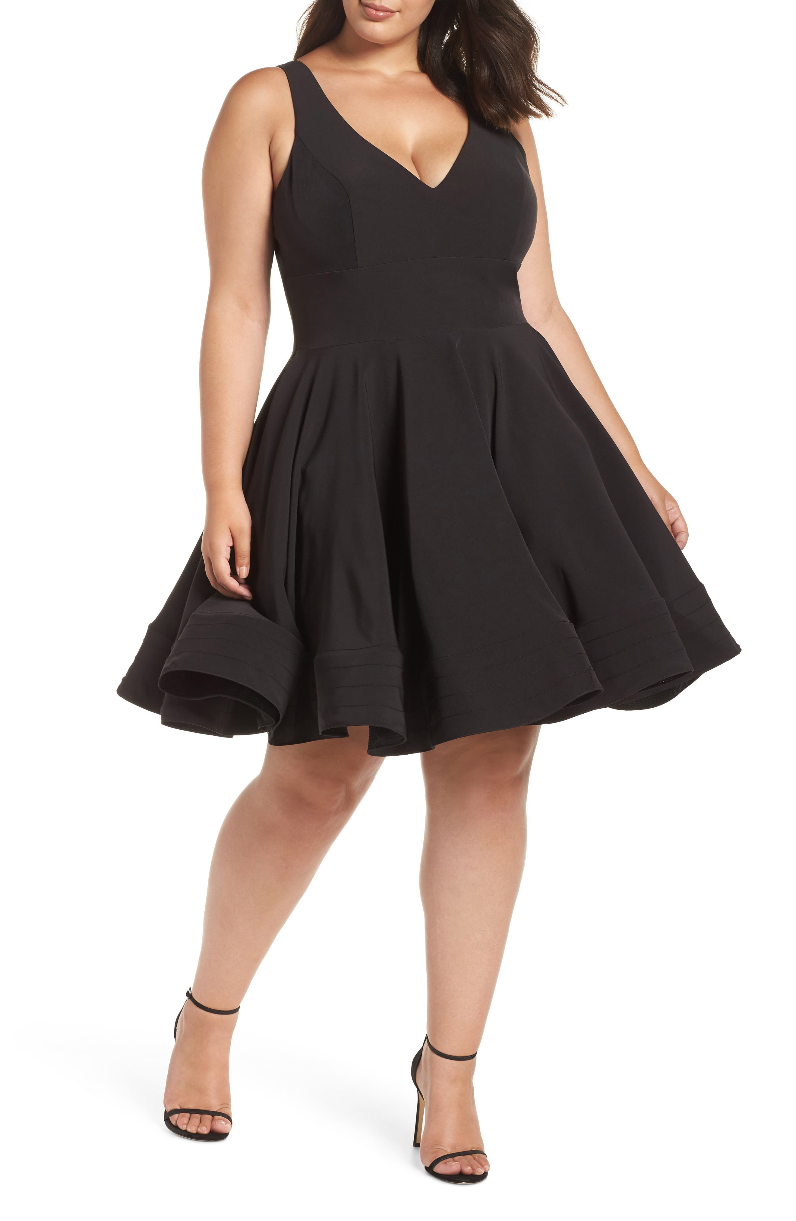 MAC DUGGAL V-Neck Sleeveless Fit-And-Flare Cocktail Dress W/ Pockets, Plus Size in Black