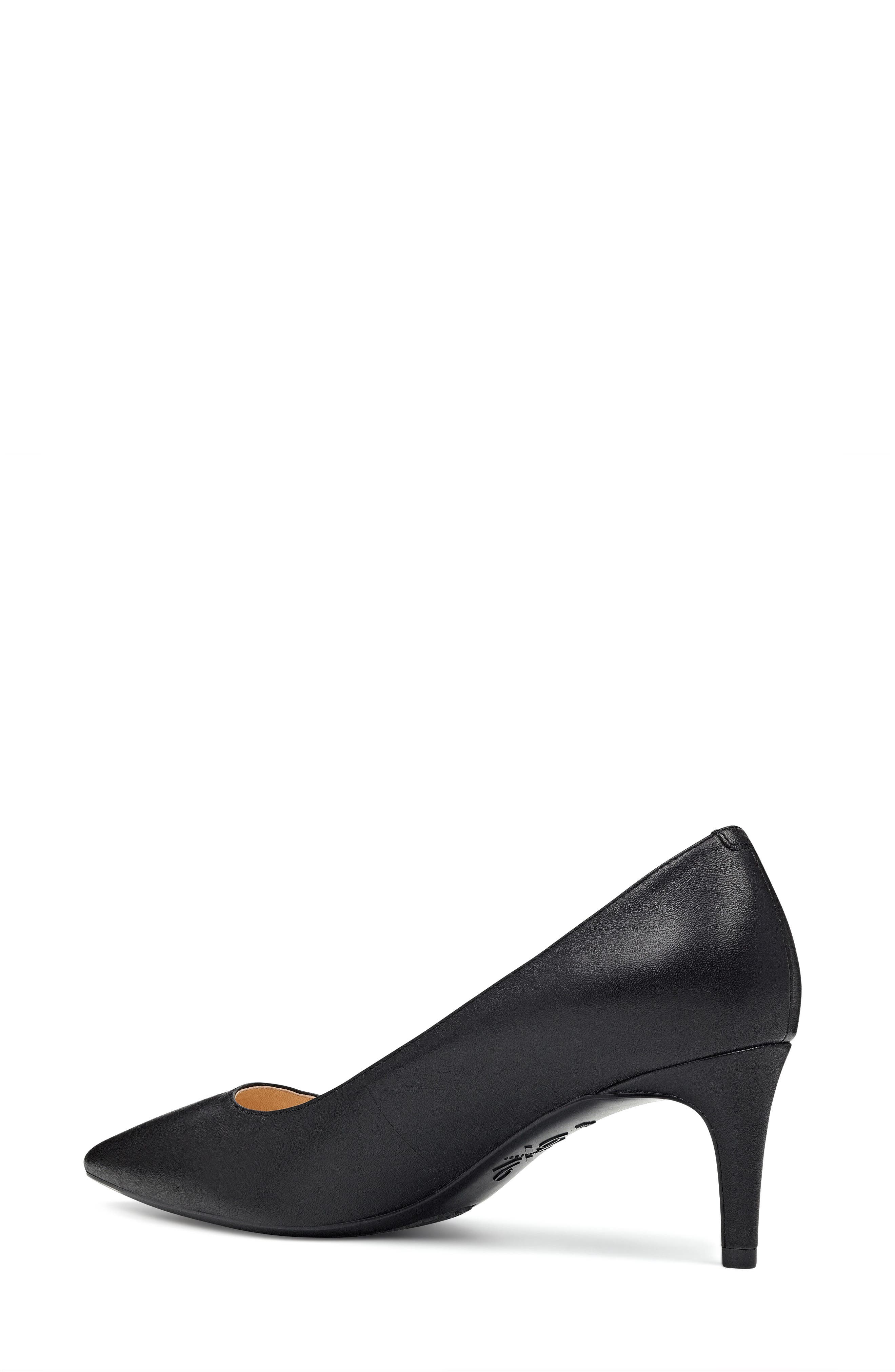 Soho Pointy Toe Pump,                             Alternate thumbnail 15, color,