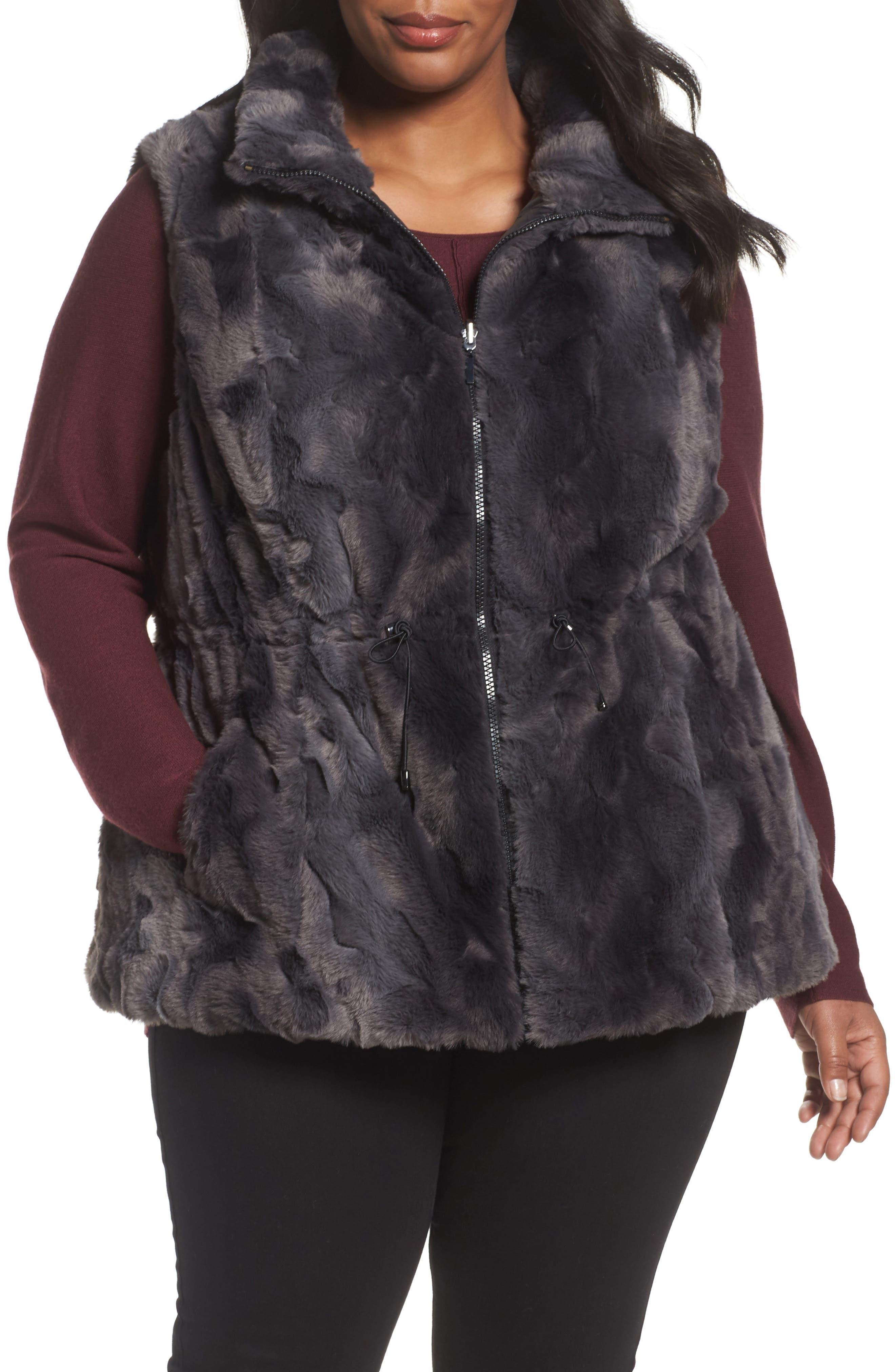 Reversible Faux Fur Vest,                             Alternate thumbnail 4, color,                             001