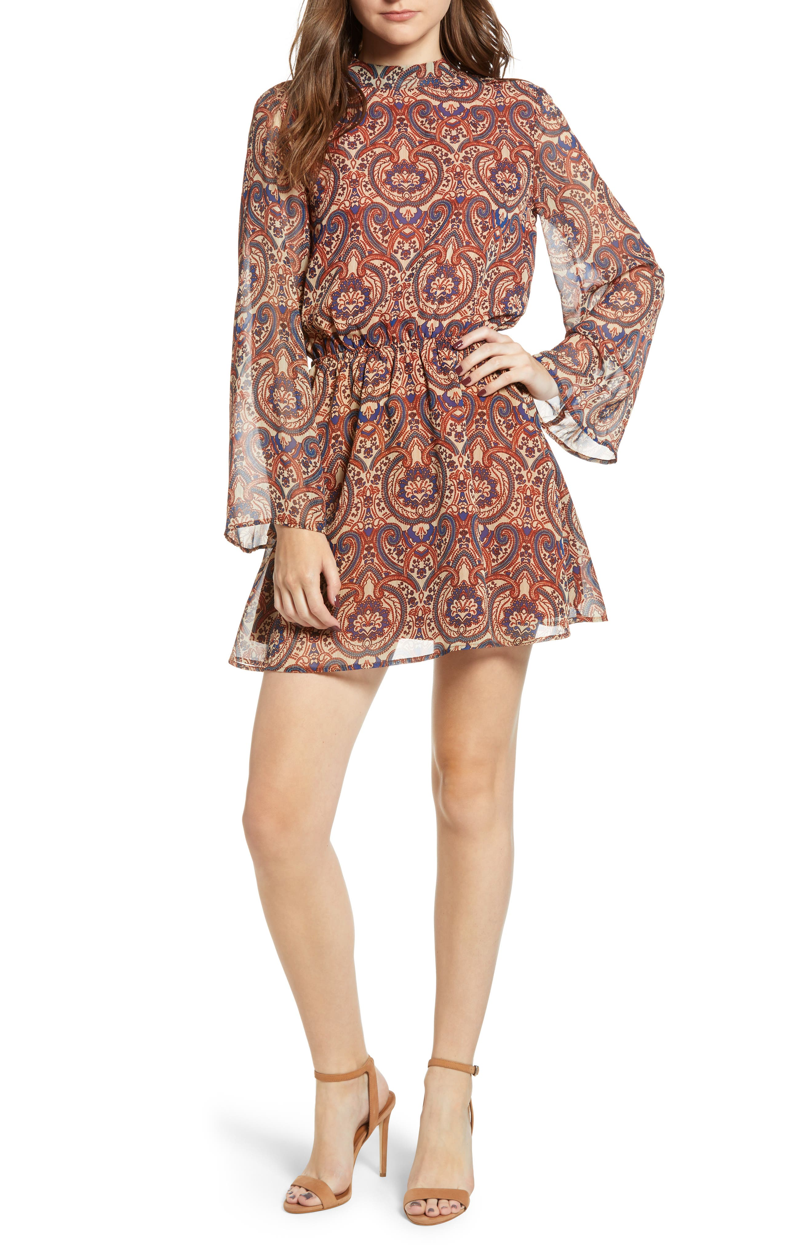 CUPCAKES AND CASHMERE Malory Printed Tie-Back Short Dress in Cognac