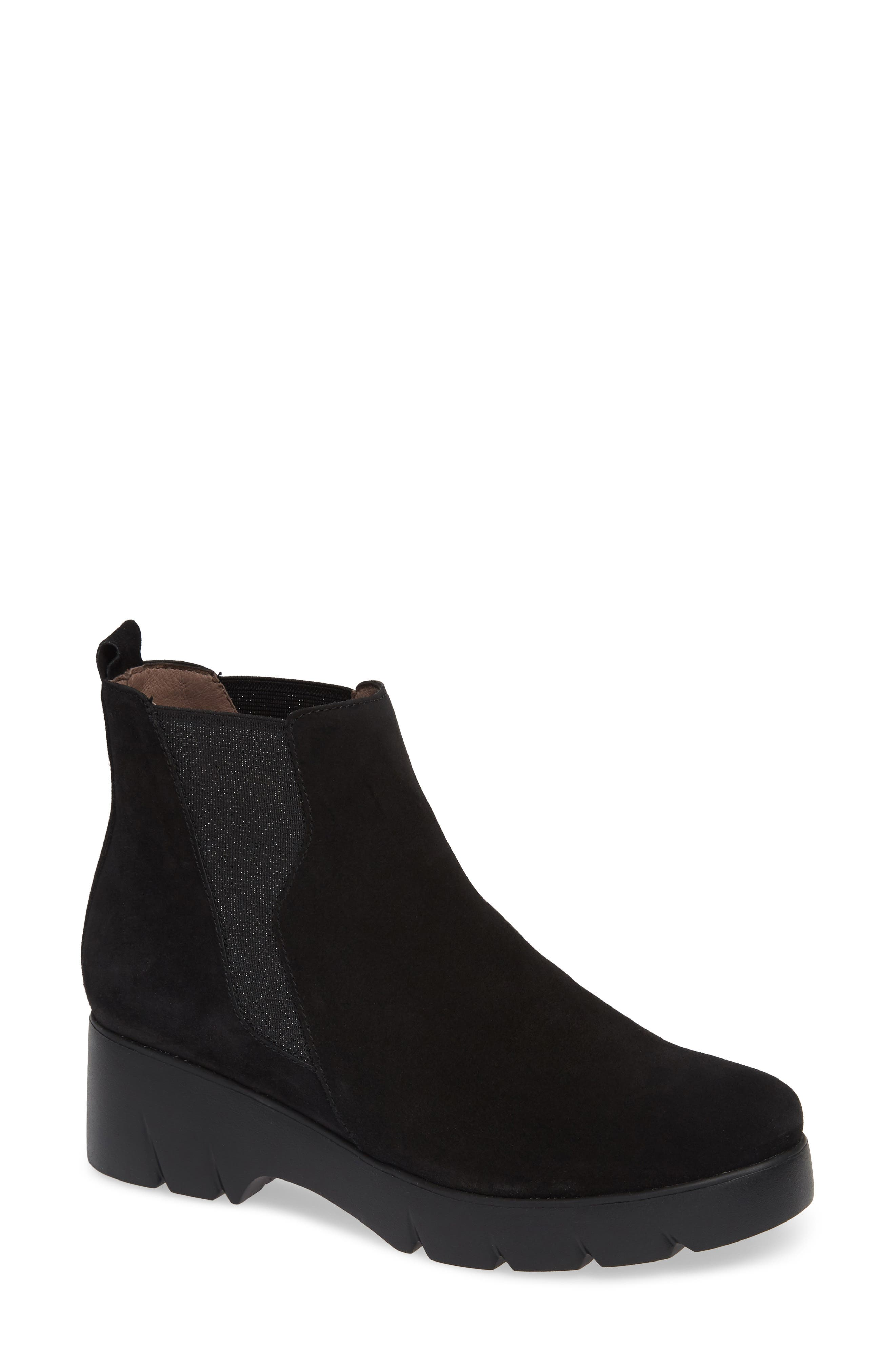 Wonders Pull-On Chelsea Boot - Black