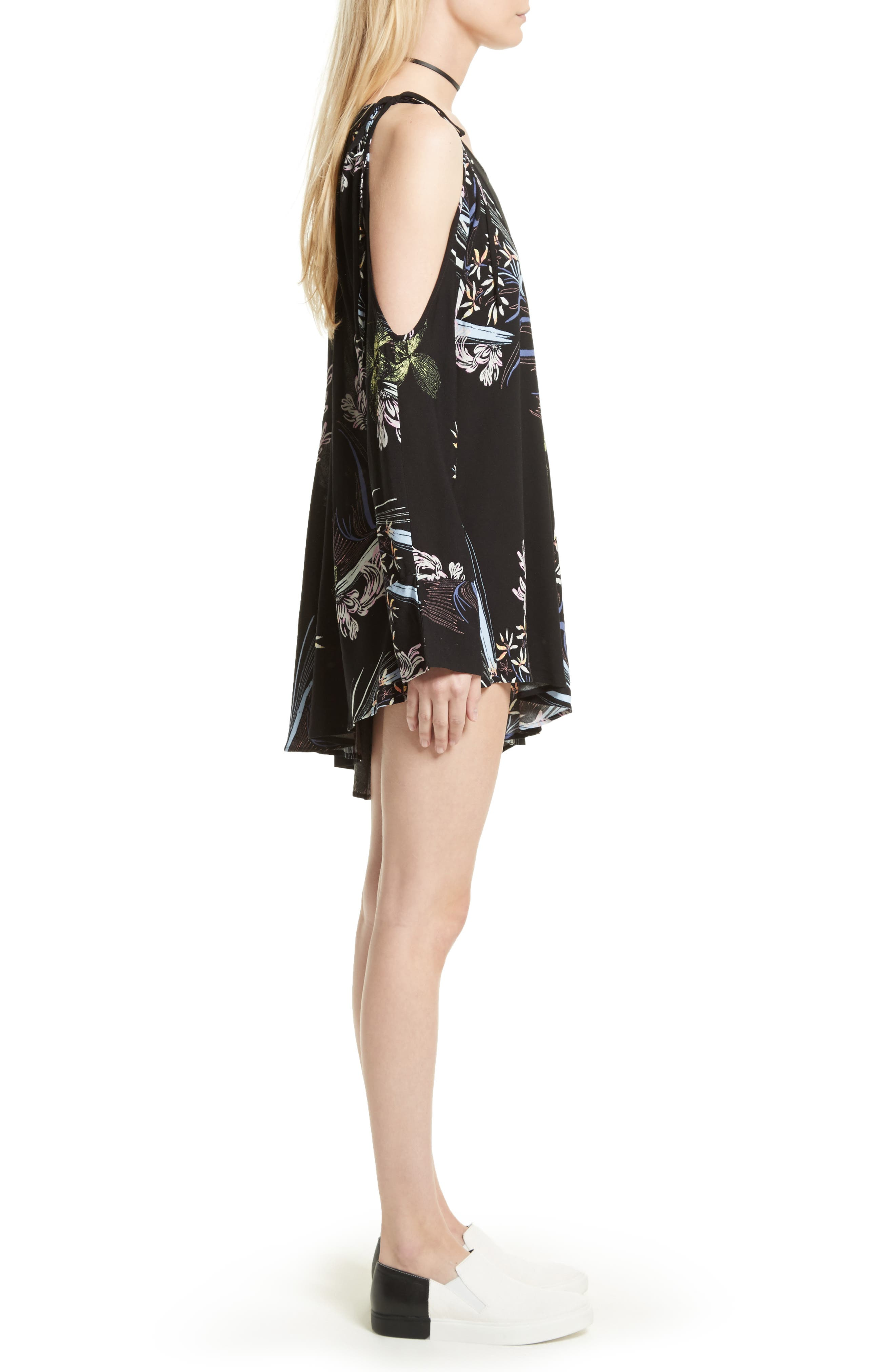 FREE PEOPLE,                             Clear Skies Cold Shoulder Tunic,                             Alternate thumbnail 3, color,                             001