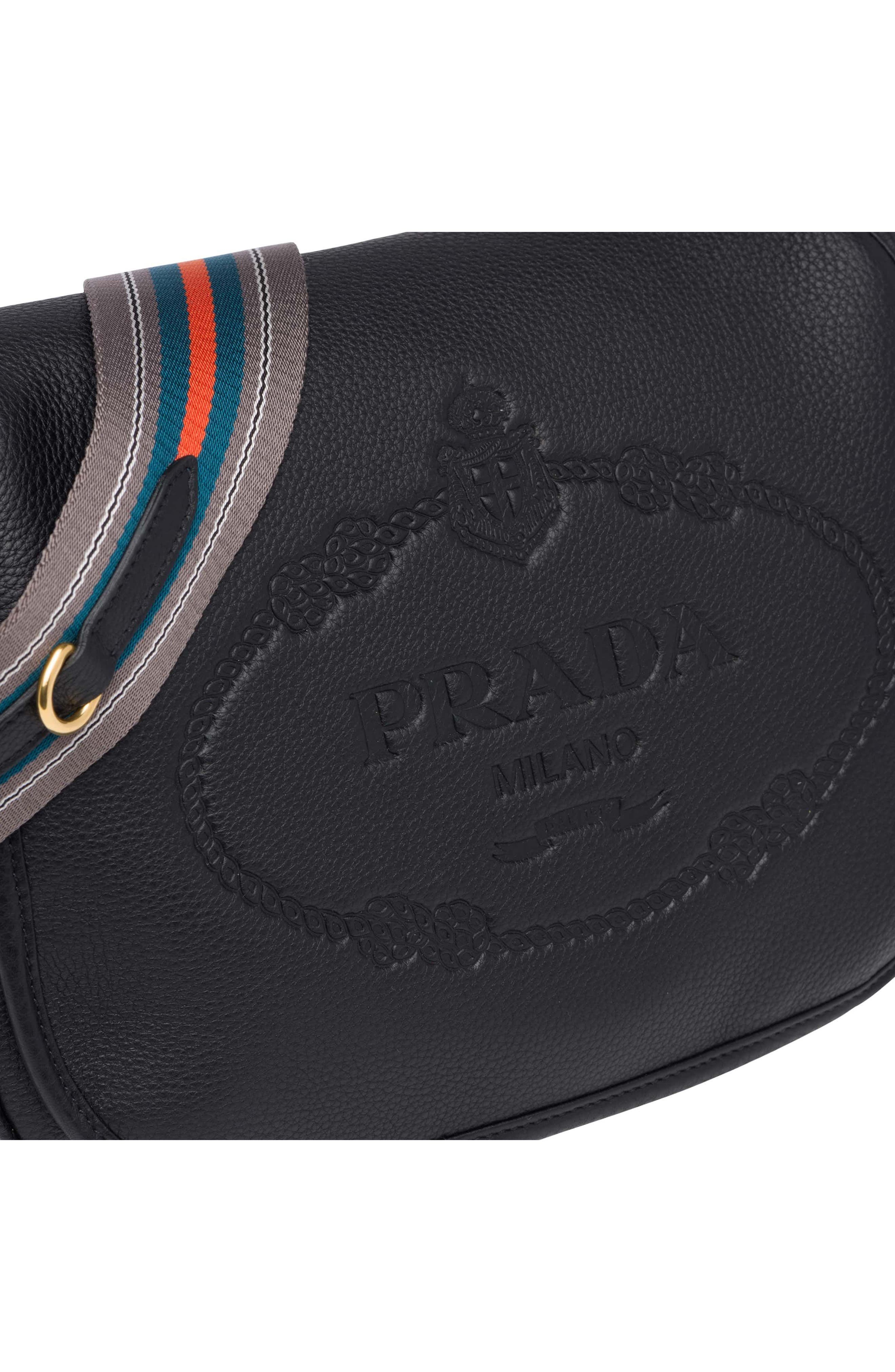 Vitello Daino Heritage Logo Leather Crossbody Bag,                             Alternate thumbnail 9, color,                             001