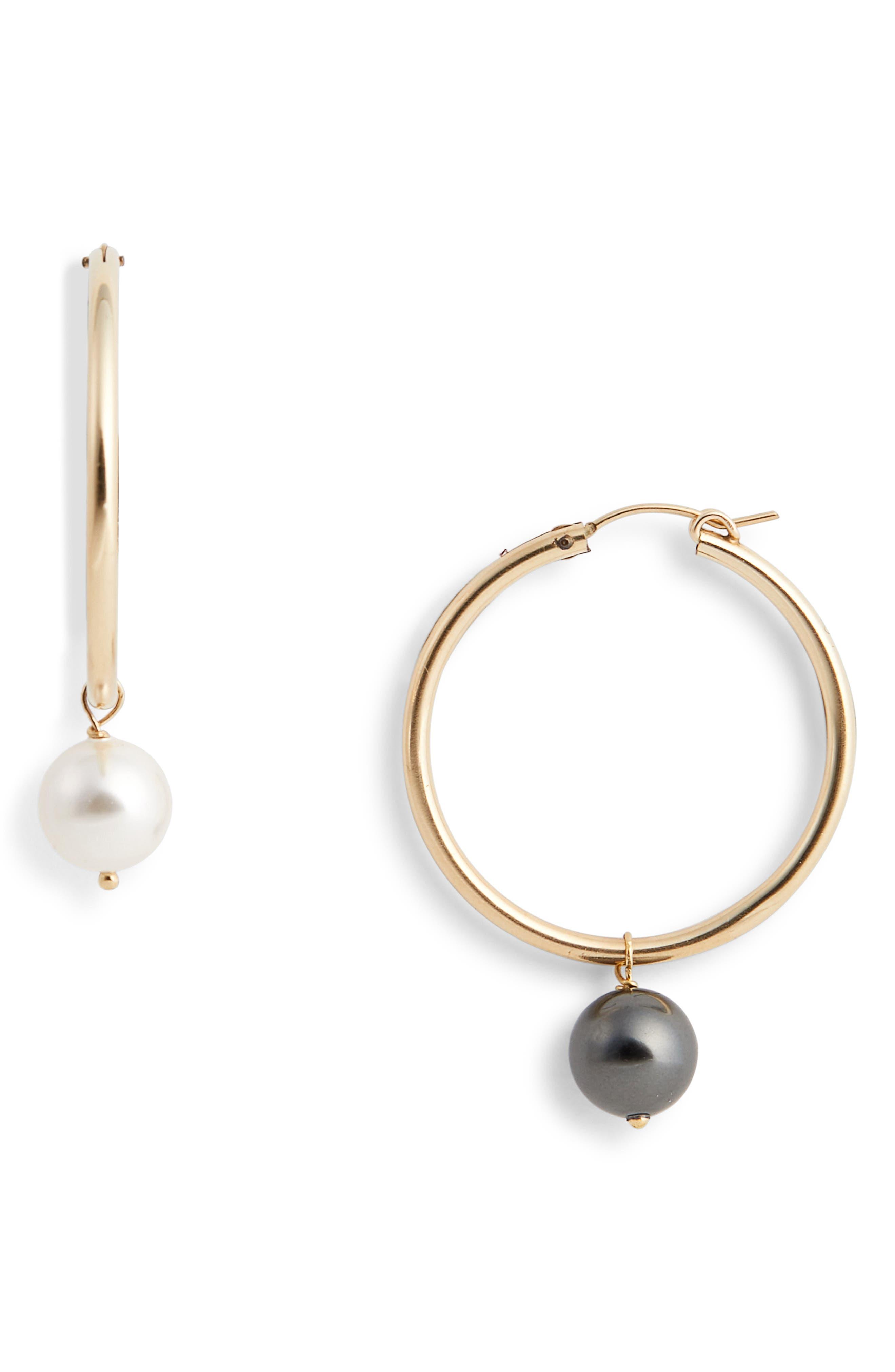 Agra Mismatched Swarovski Imitation Pearl Hoop Earrings,                             Main thumbnail 1, color,                             WHITE PEARL BLACK PEARL