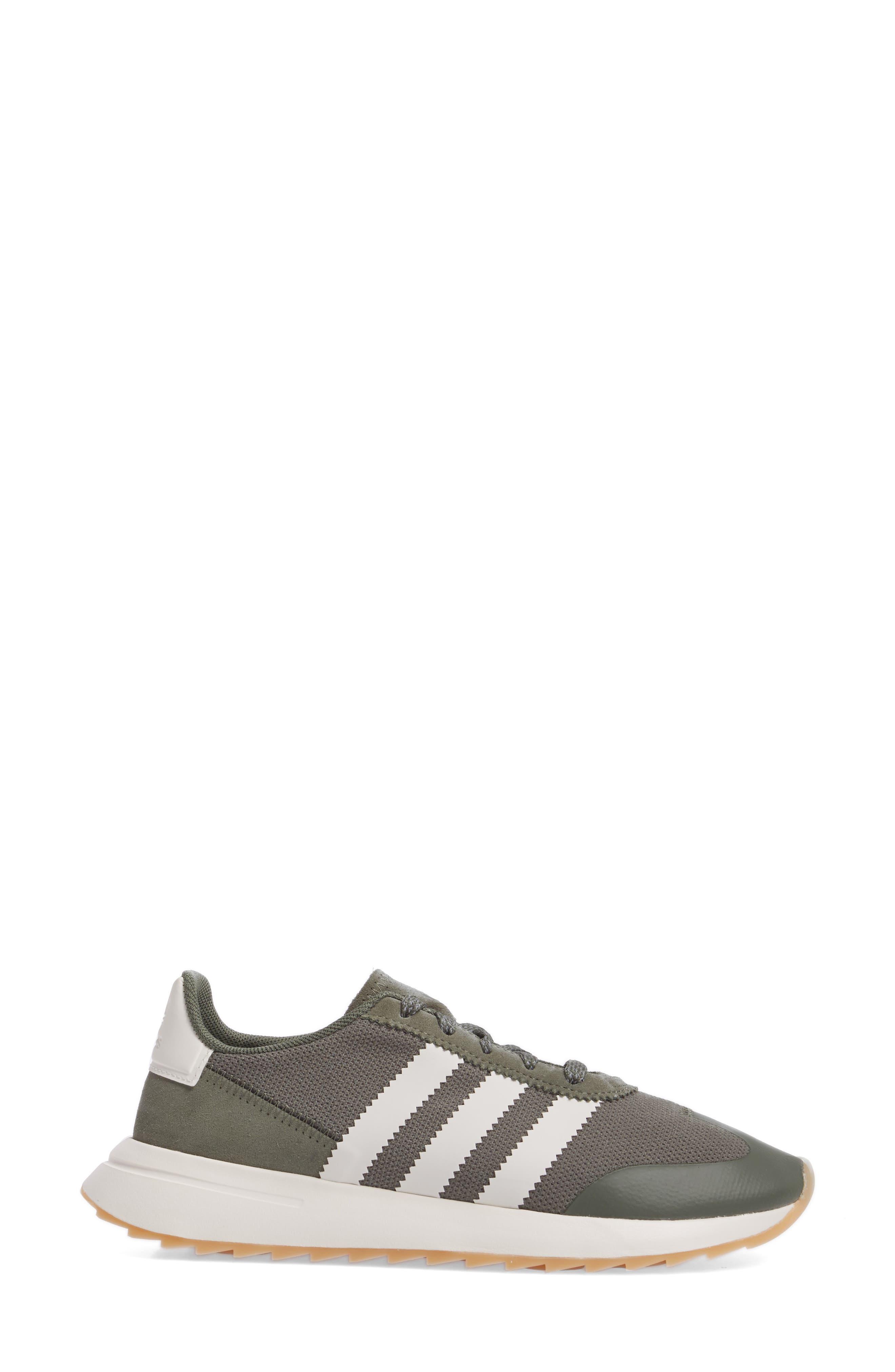 Flashback Sneaker,                             Alternate thumbnail 31, color,