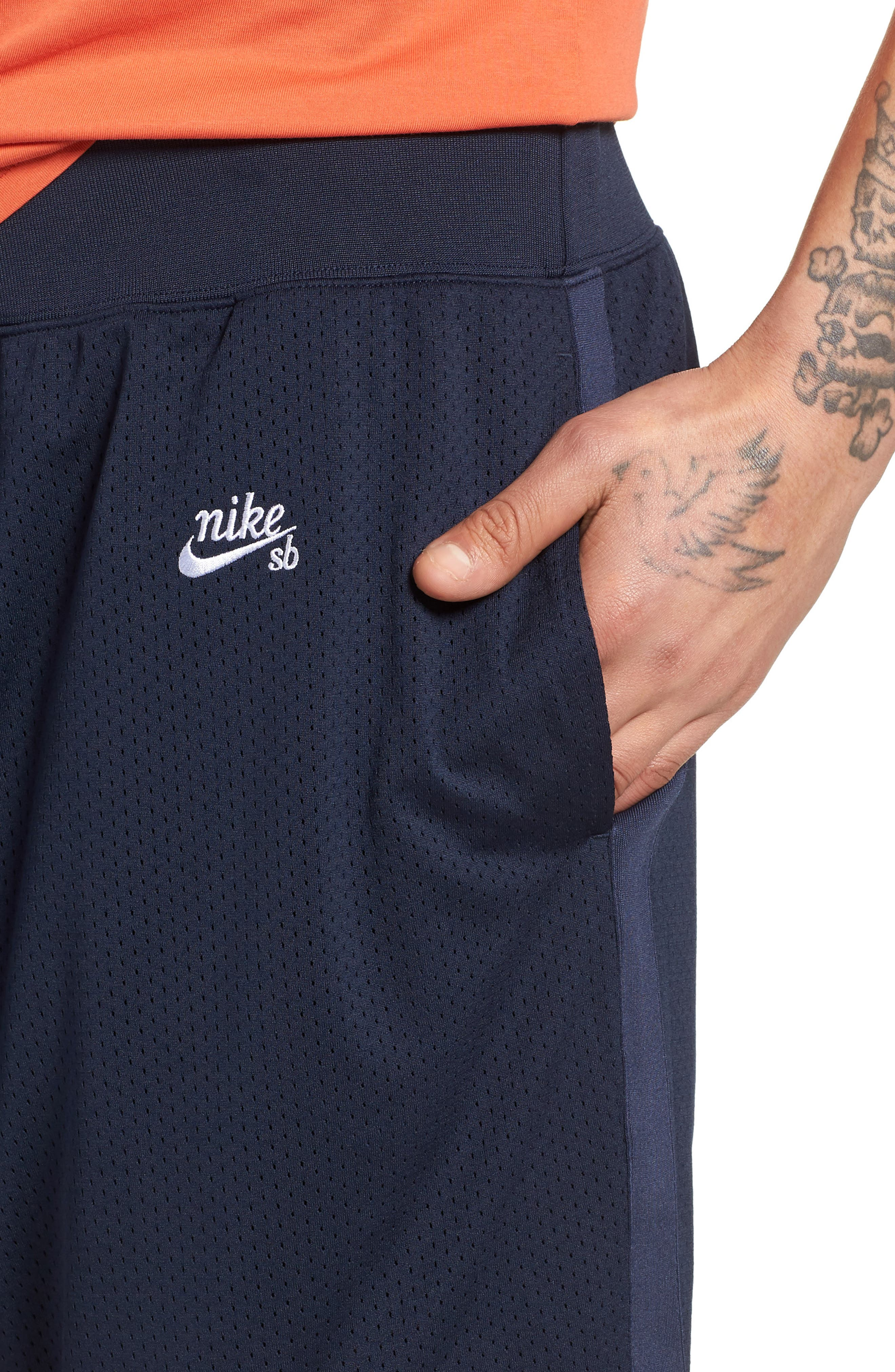 SB Dry Heritage Court Shorts,                             Alternate thumbnail 4, color,                             OBSIDIAN/ WHITE