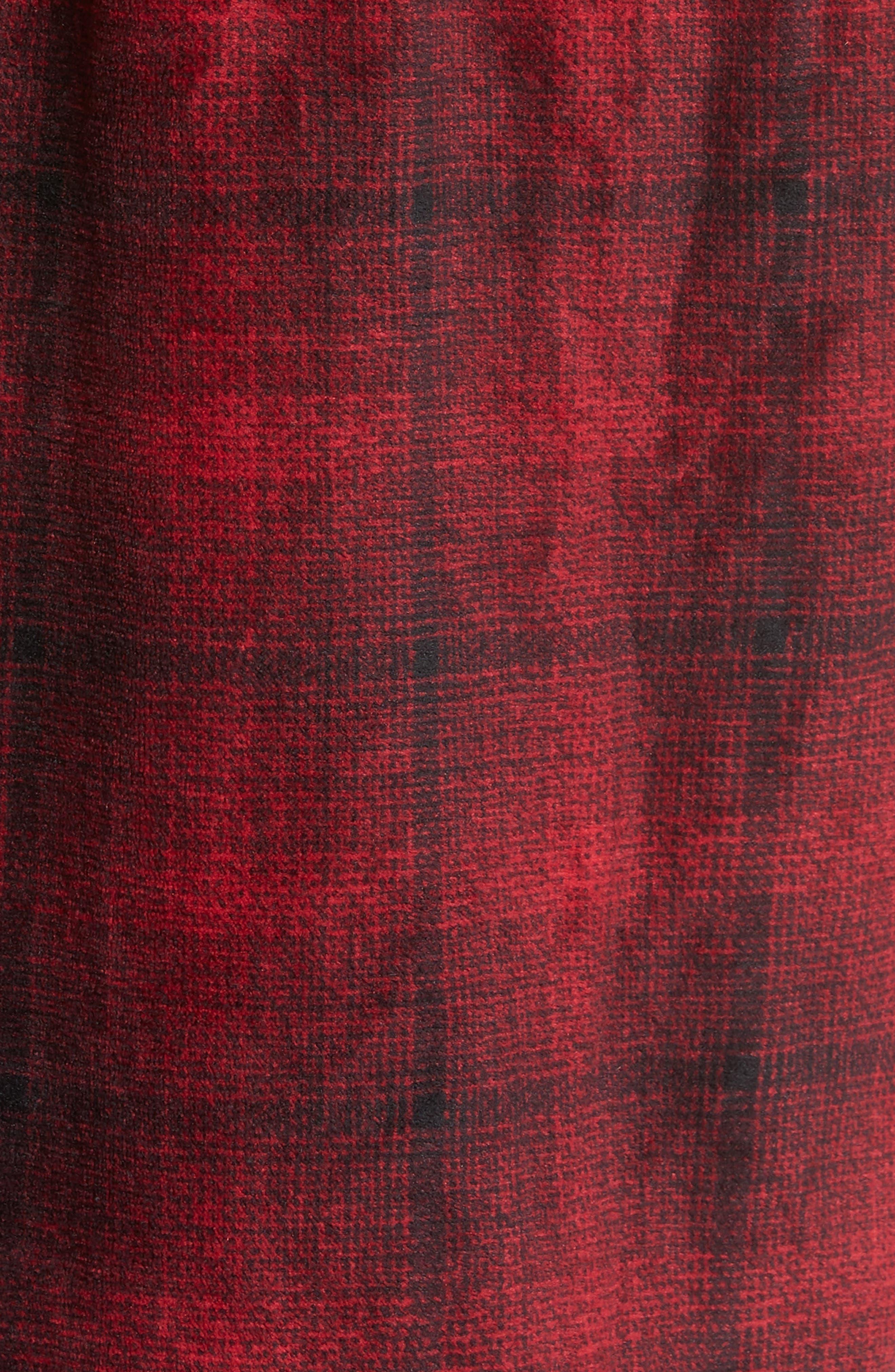 Ombré Plaid Fleece Robe,                             Alternate thumbnail 5, color,                             RED JESTER- BLACK OMBRE PLAID