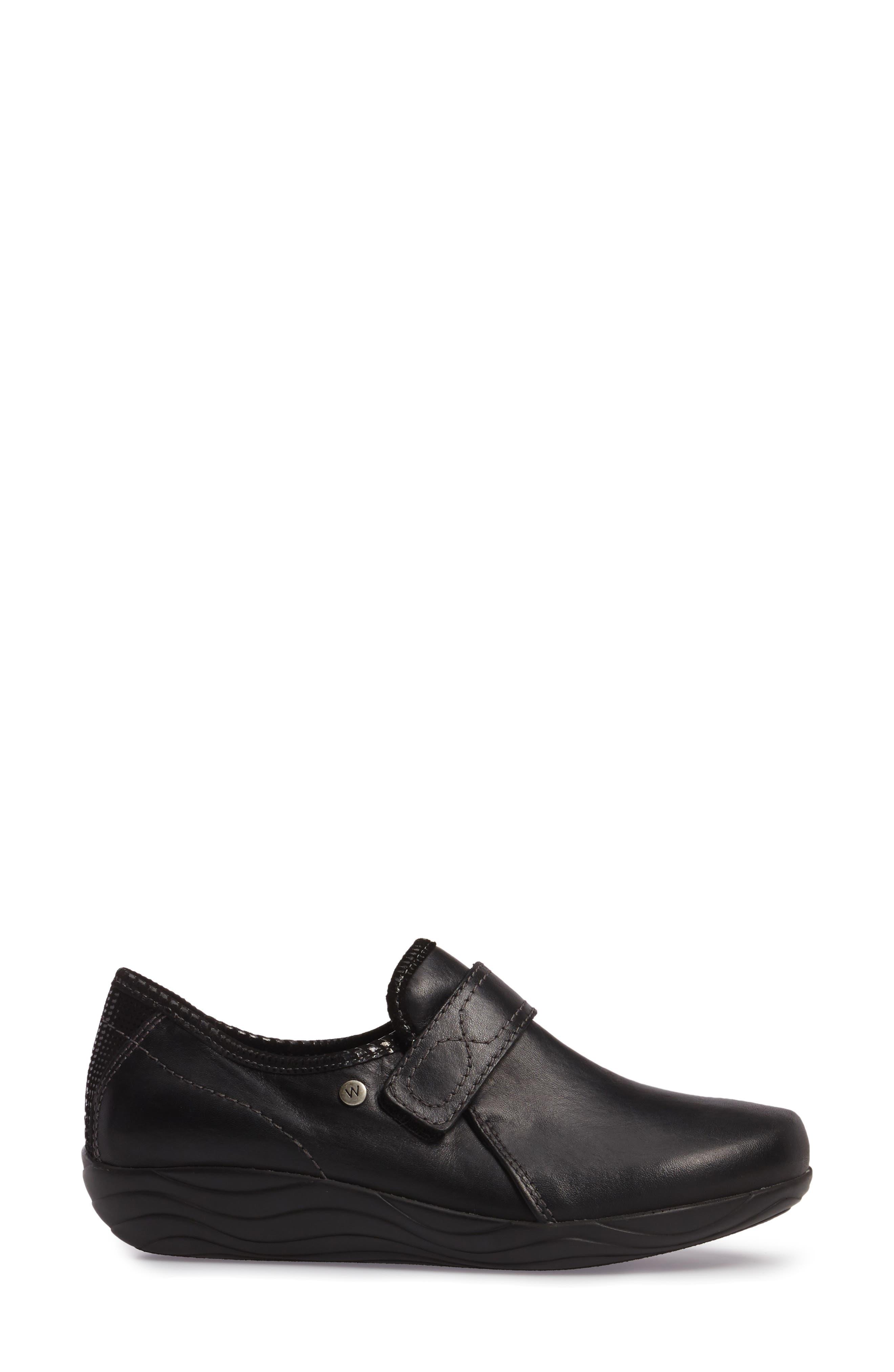 Desna Slip-On Sneaker,                             Alternate thumbnail 3, color,                             001