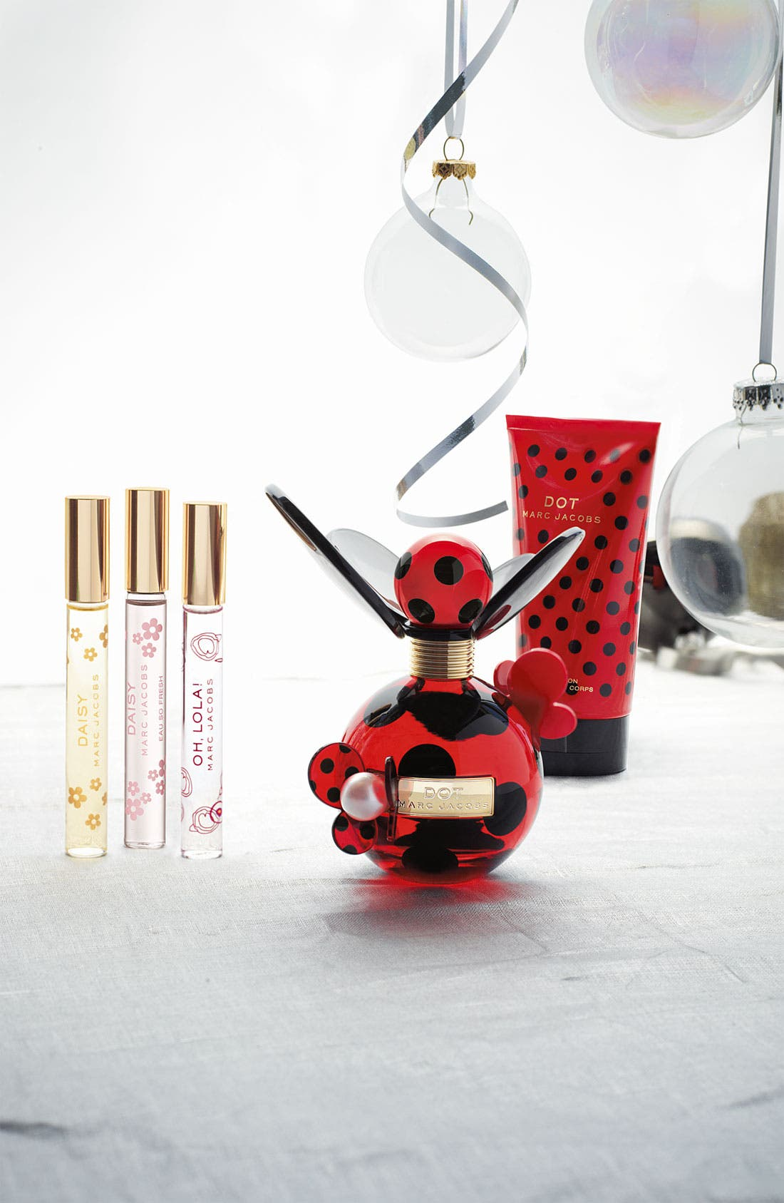 'Dot' Fragrance Set,                             Alternate thumbnail 3, color,                             000