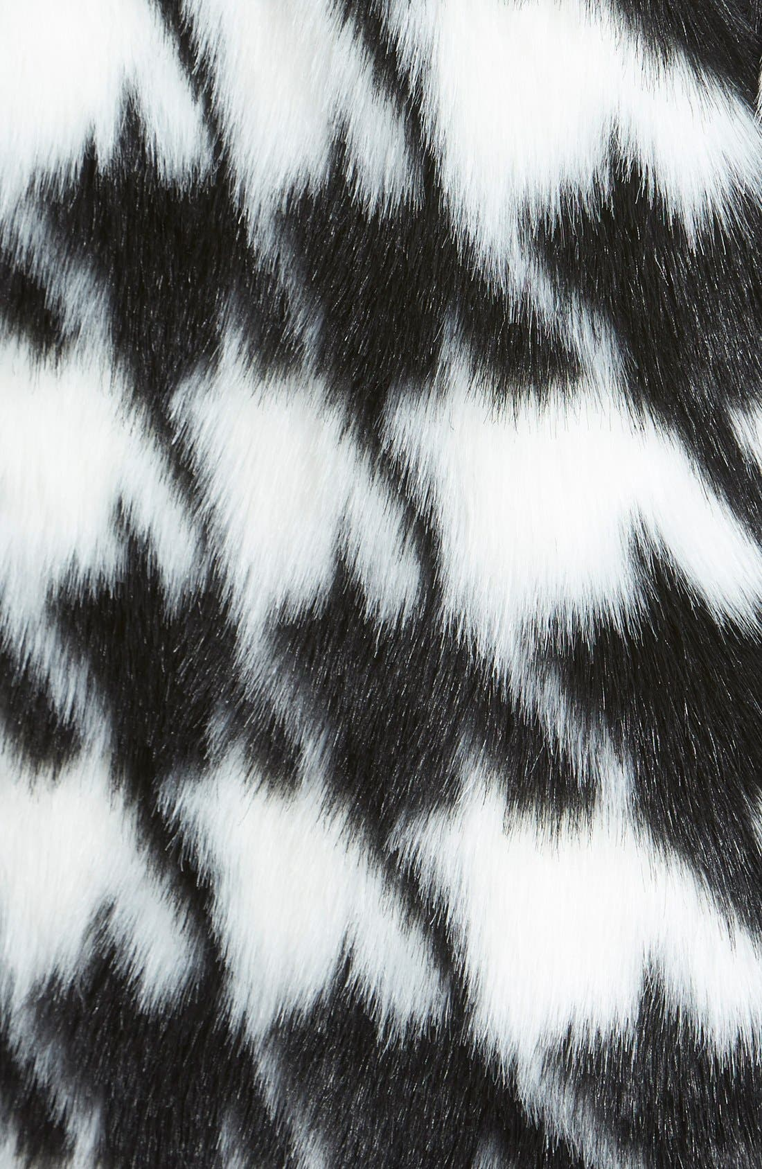 Houndstooth Faux Fur Coat,                             Alternate thumbnail 3, color,                             902