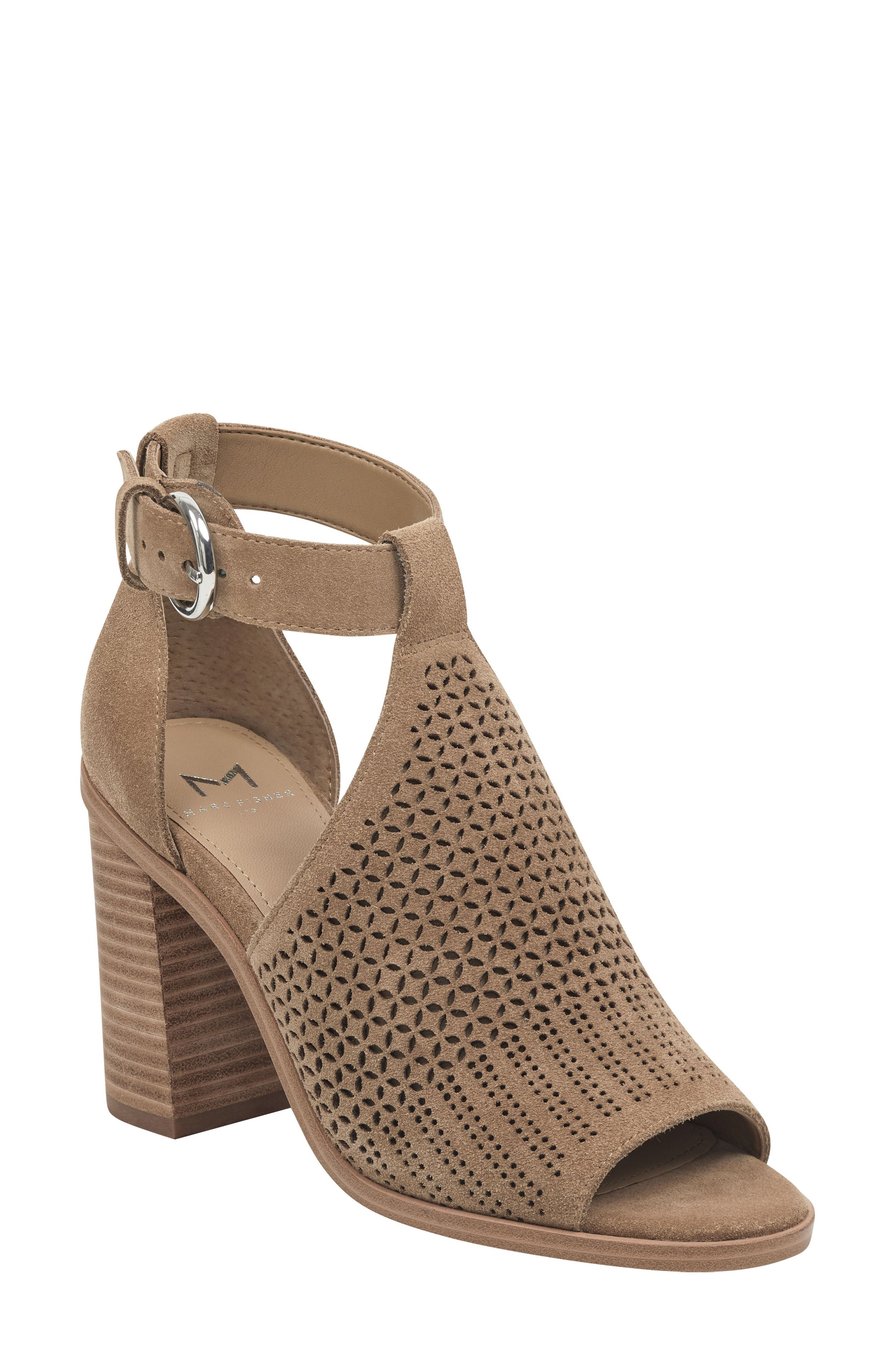 Marc Fisher Ltd Vixen Sandal, Brown