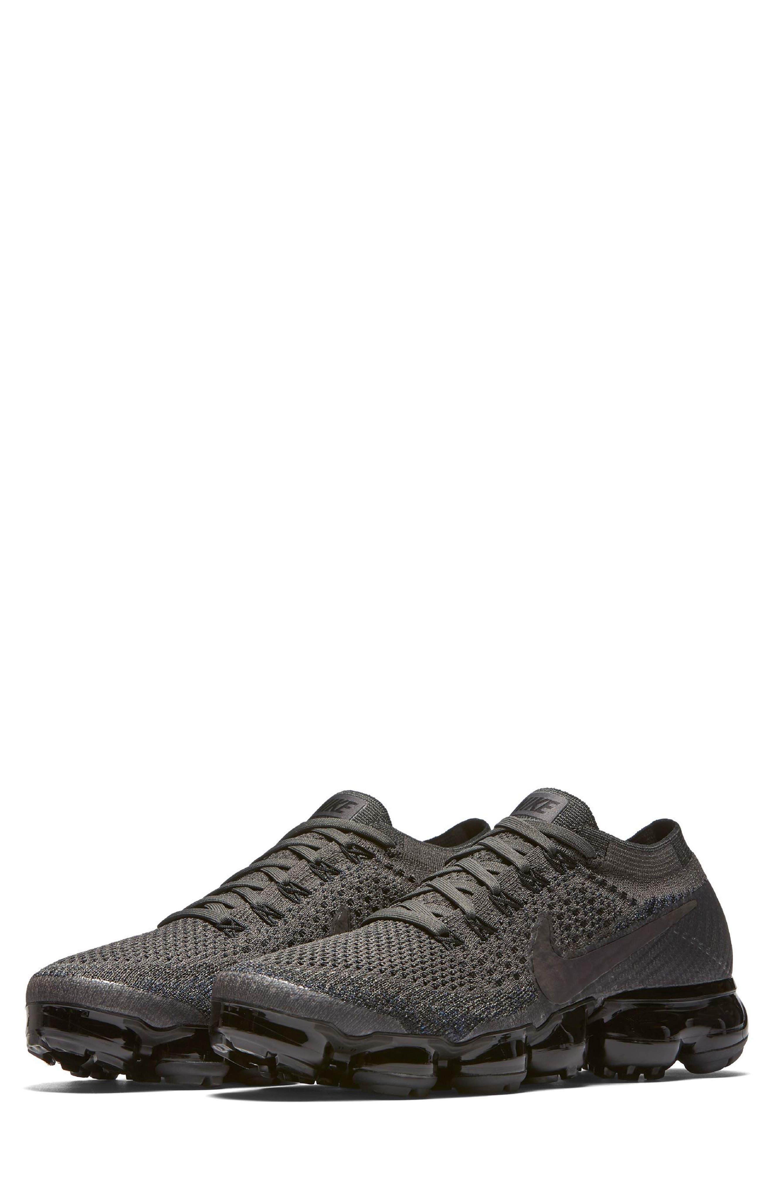 Air VaporMax Flyknit Running Shoe,                         Main,                         color, MIDNIGHT FOG/ BLACK