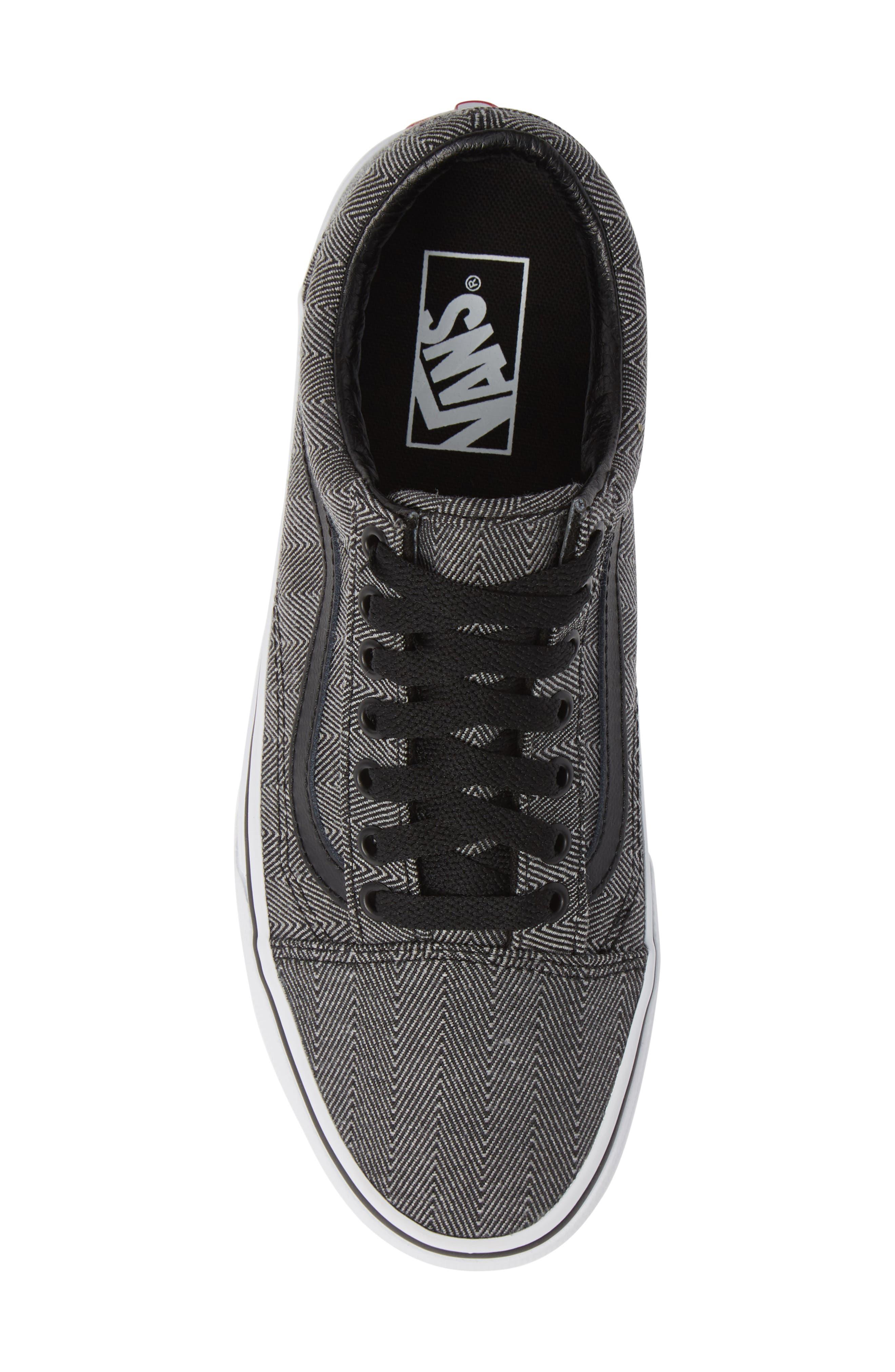 UA Old Skool Sneaker,                             Alternate thumbnail 5, color,                             BLACK/ TRUE WHITE