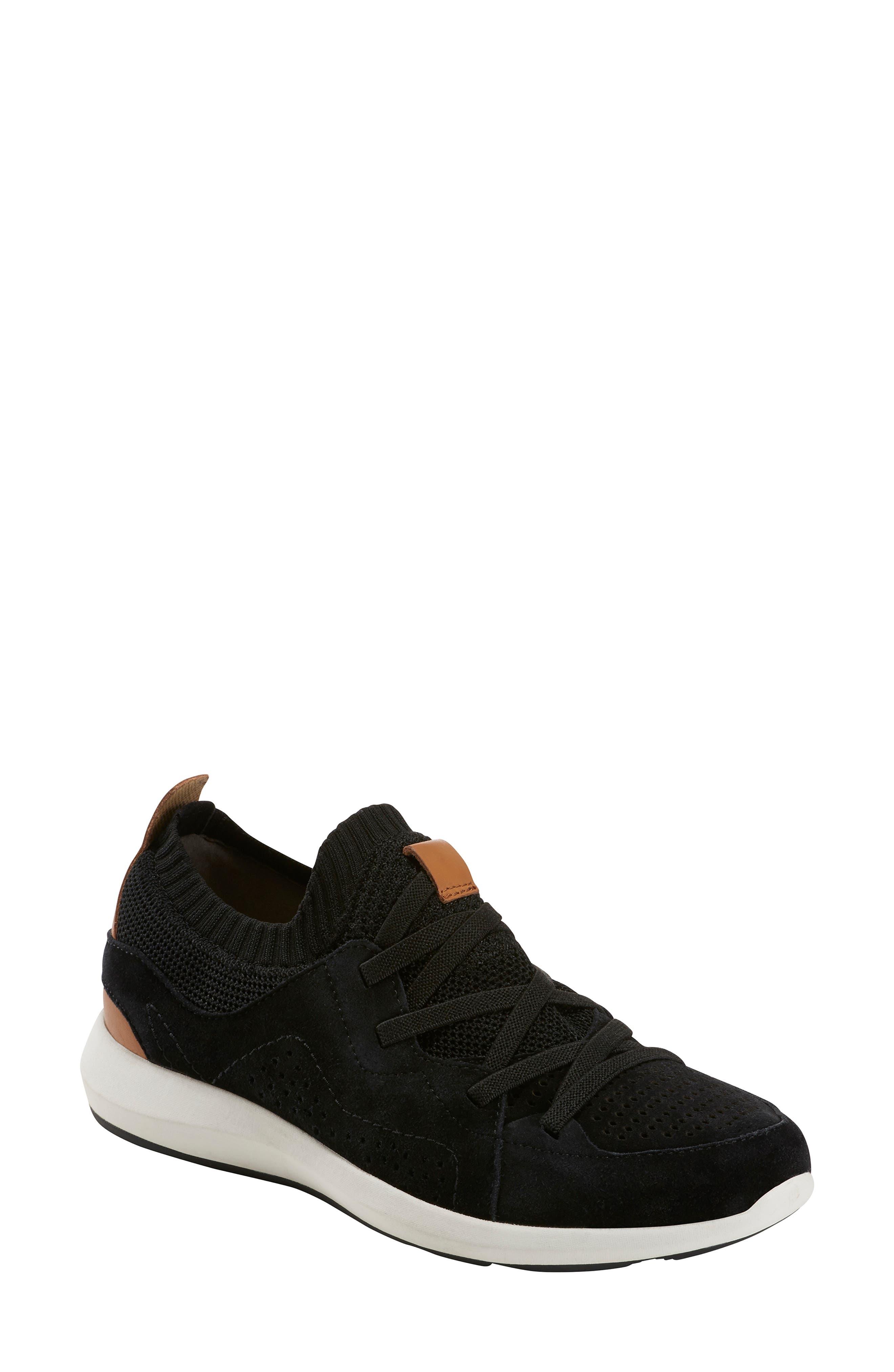 Earth Flow Sneaker, Black