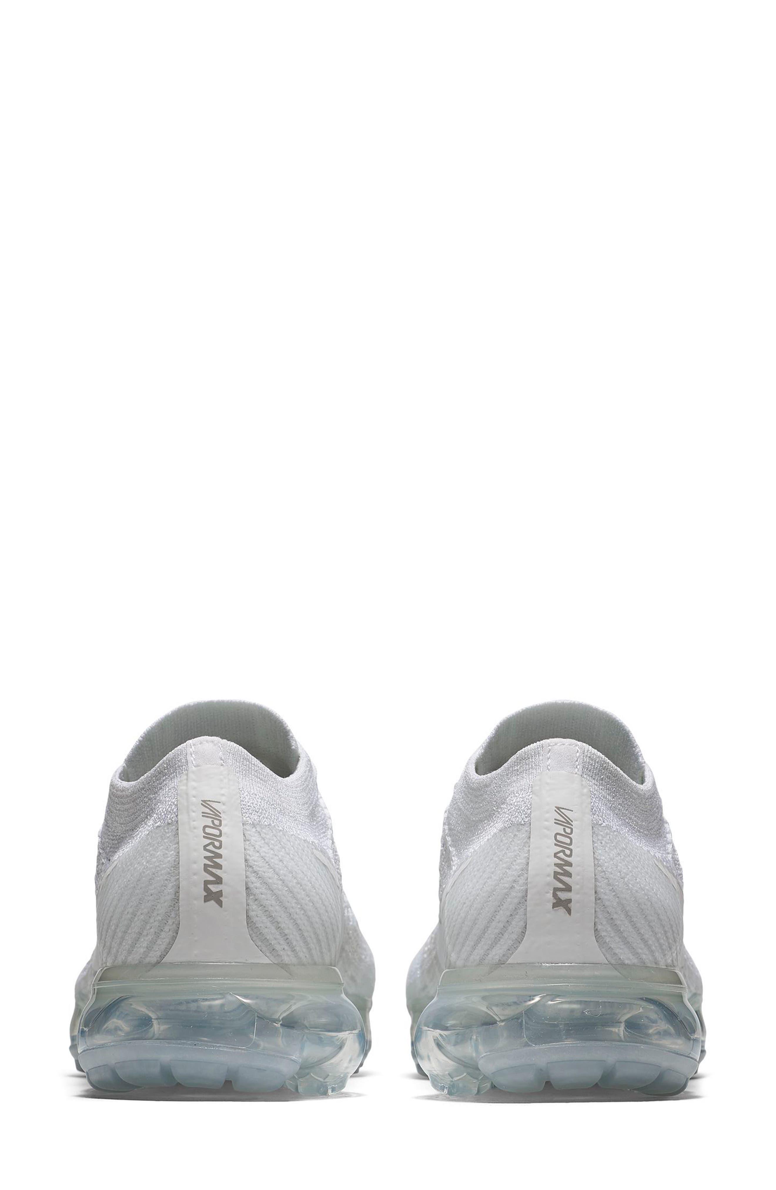 Air VaporMax Flyknit Running Shoe,                             Alternate thumbnail 5, color,                             029