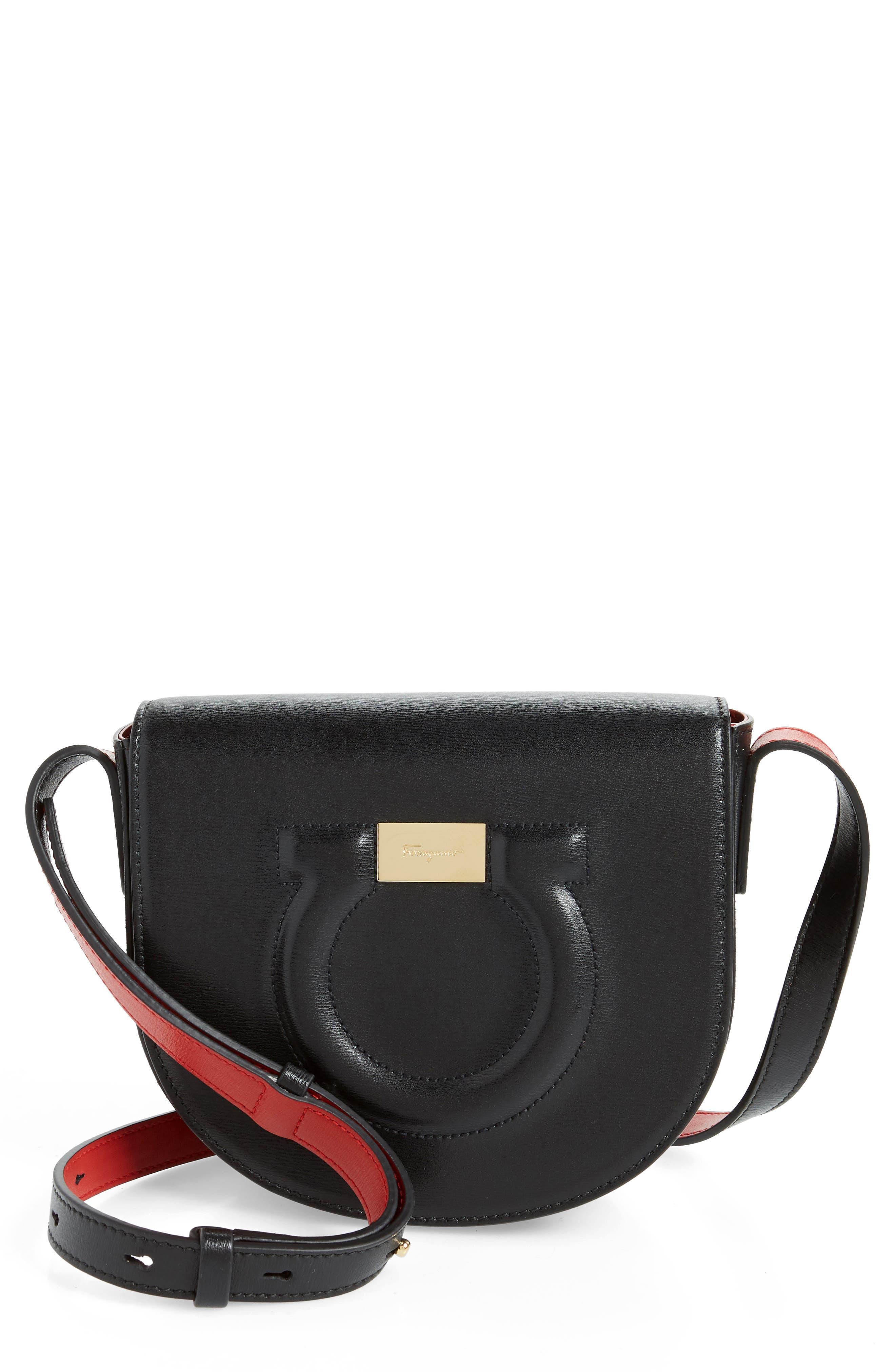 534d36f2dc Salvatore Ferragamo Quilted Gancio Crossbody Bag - Black