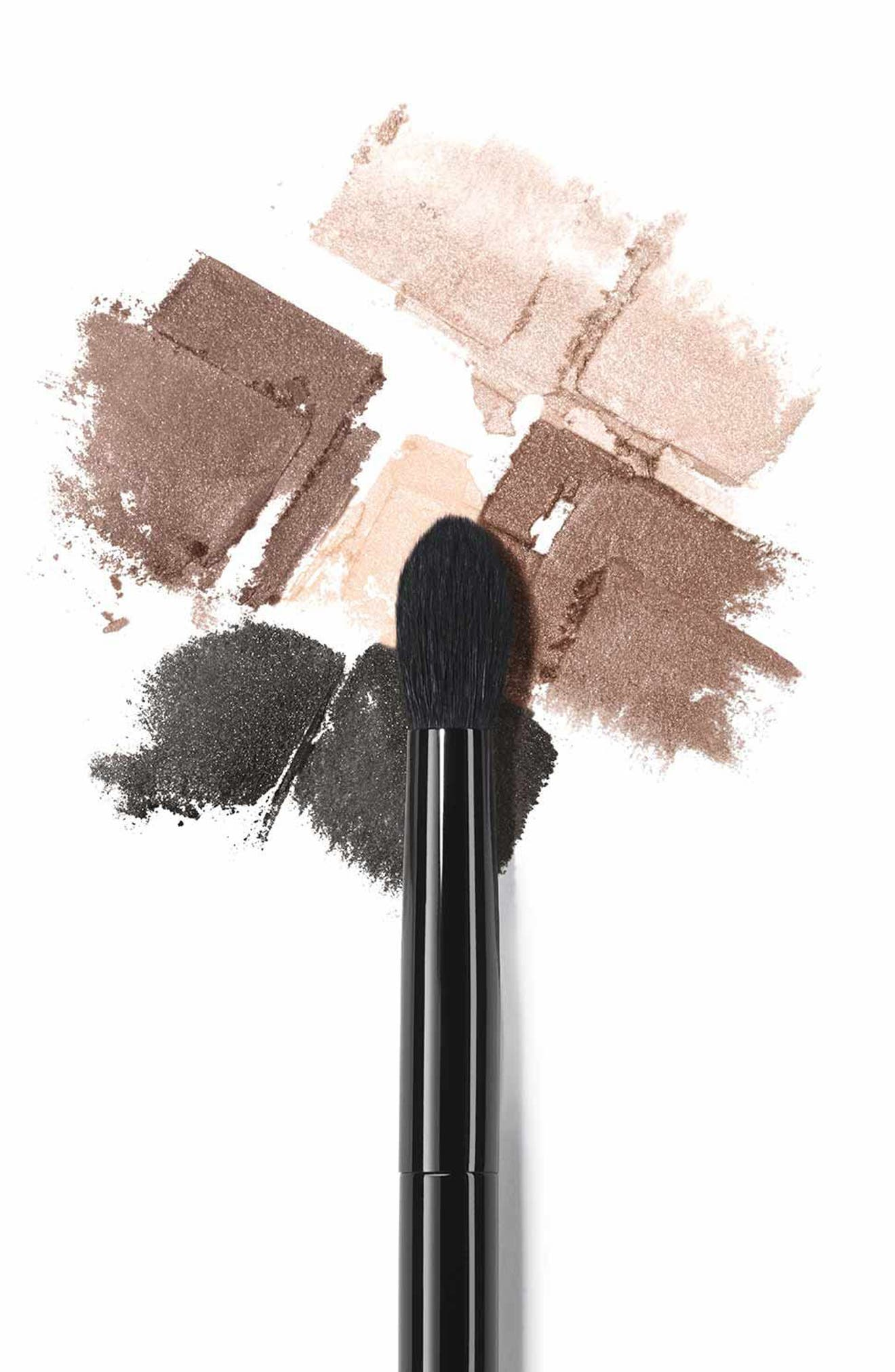 LES PINCEAUX DE CHANEL<br />Rounded Eyeshadow Brush,                             Alternate thumbnail 2, color,                             NO COLOR