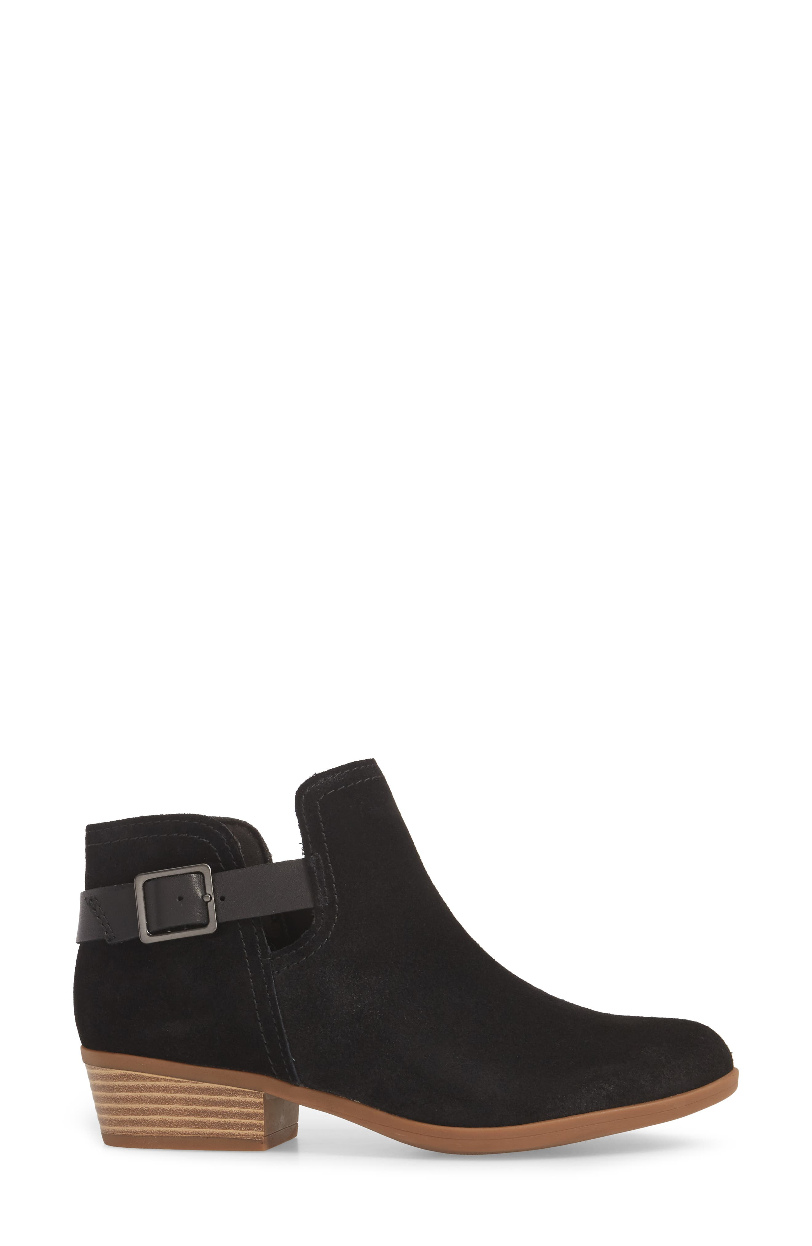 CLARKS<SUP>®</SUP>,                             Clark<sup>®</sup> Addiy Carisa Chelsea Boot,                             Alternate thumbnail 3, color,                             007