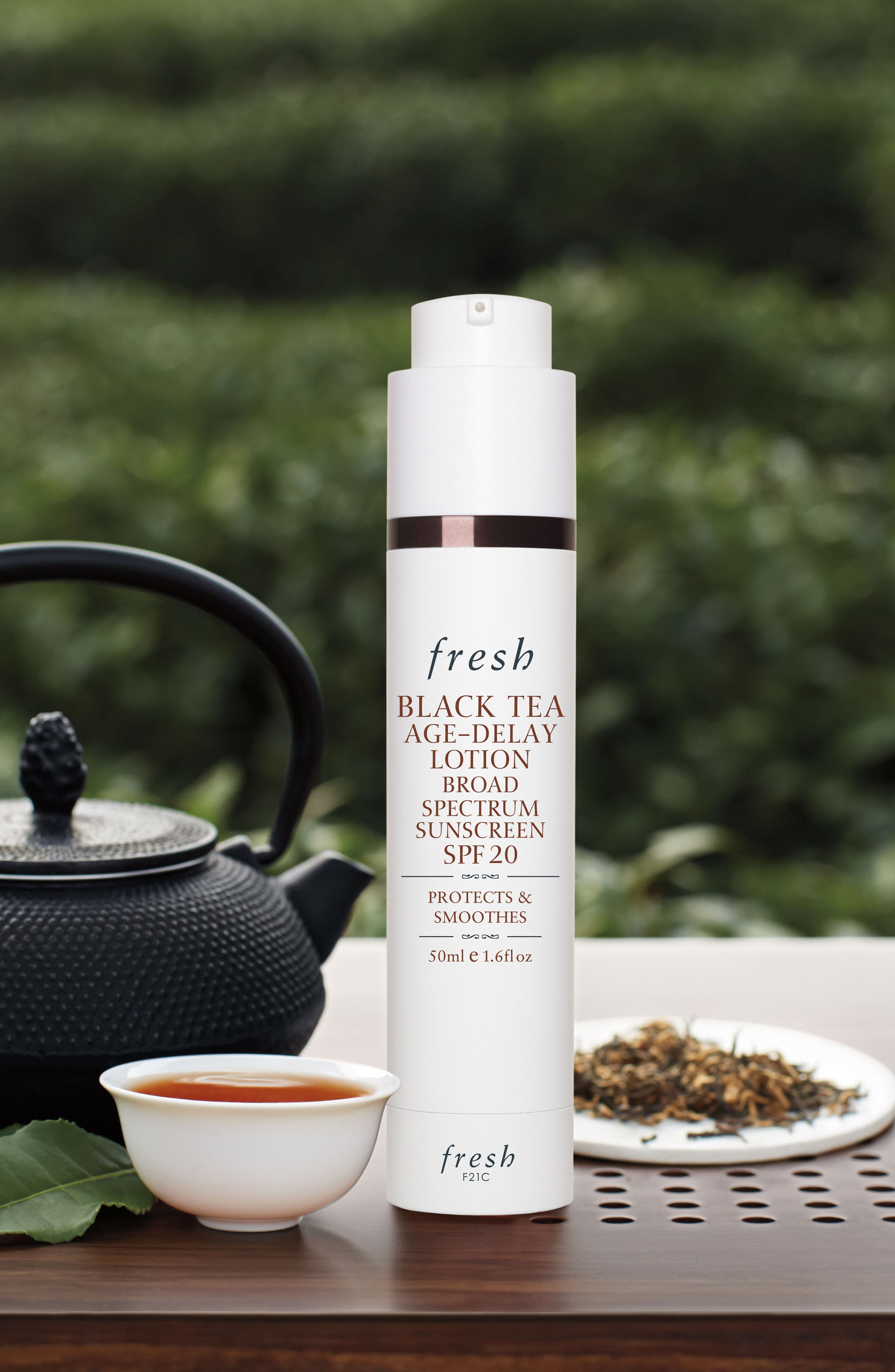 FRESH<SUP>®</SUP>,                             Black Tea Age-Delay Lotion Broad Spectrum Sunscreen SPF 20,                             Alternate thumbnail 2, color,                             000