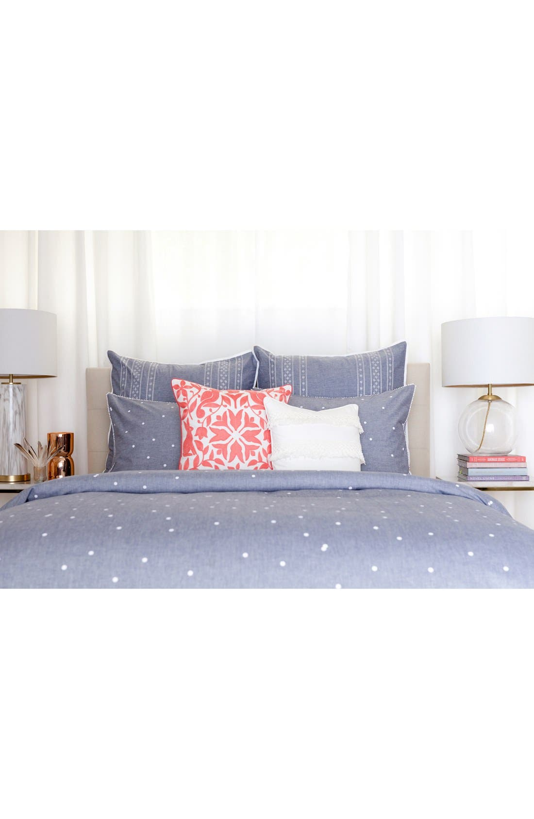 cupcakes & cashmere Chambray Dot Duvet Cover,                             Alternate thumbnail 4, color,                             400