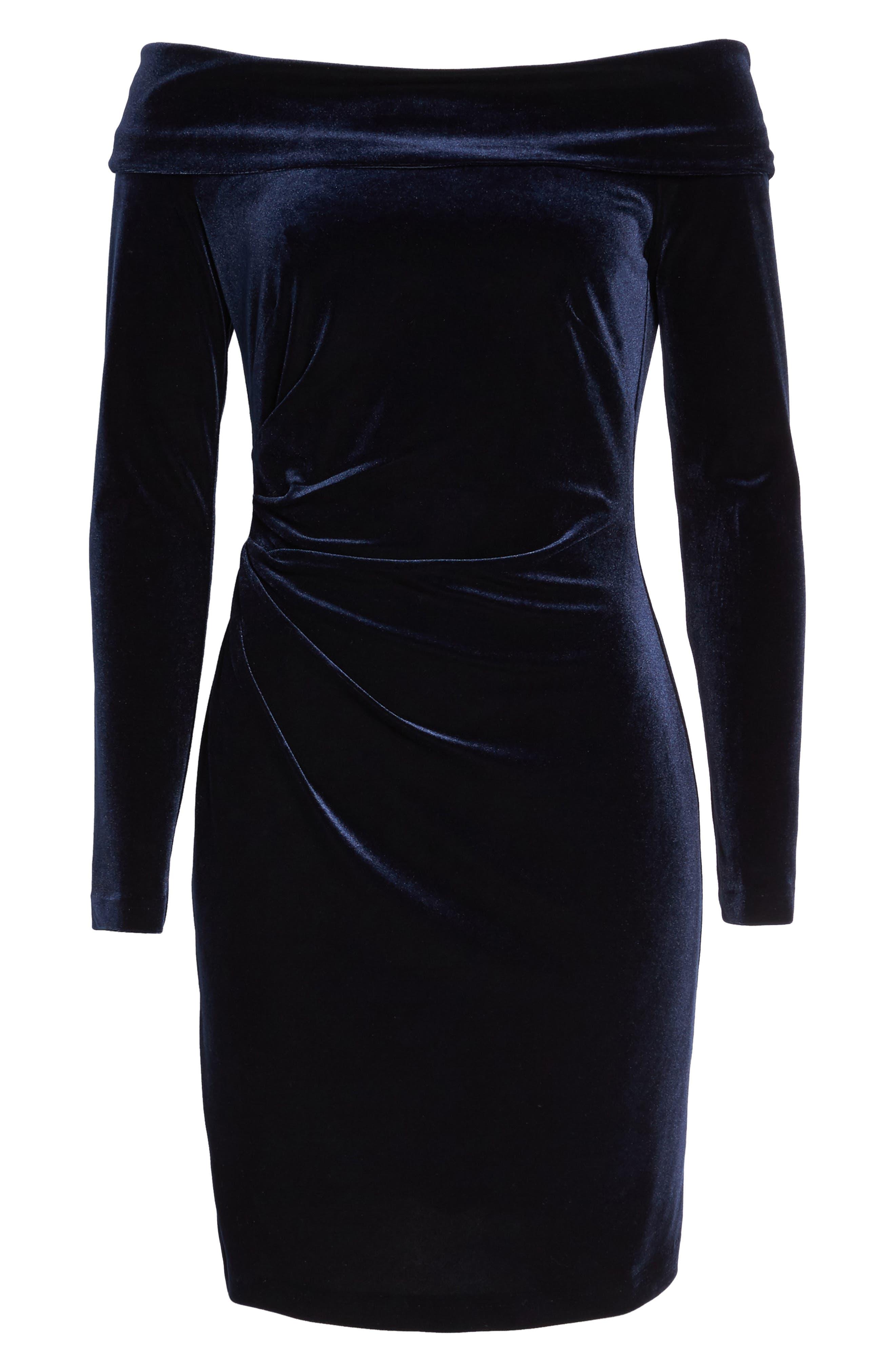 Off the Shoulder Velvet Sheath Dress,                             Alternate thumbnail 7, color,                             NAVY