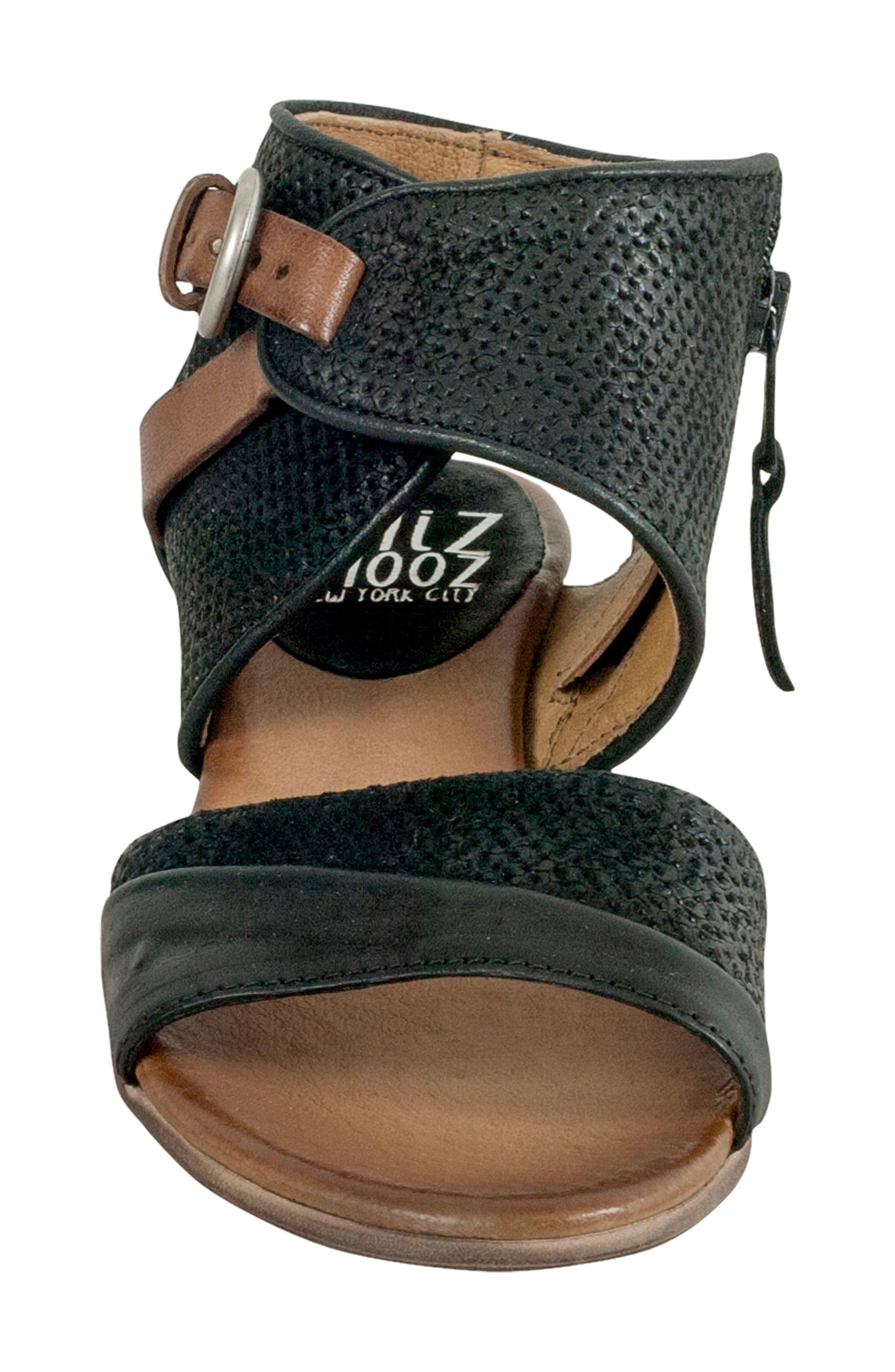 Chatham Textured Sandal,                             Alternate thumbnail 4, color,                             001