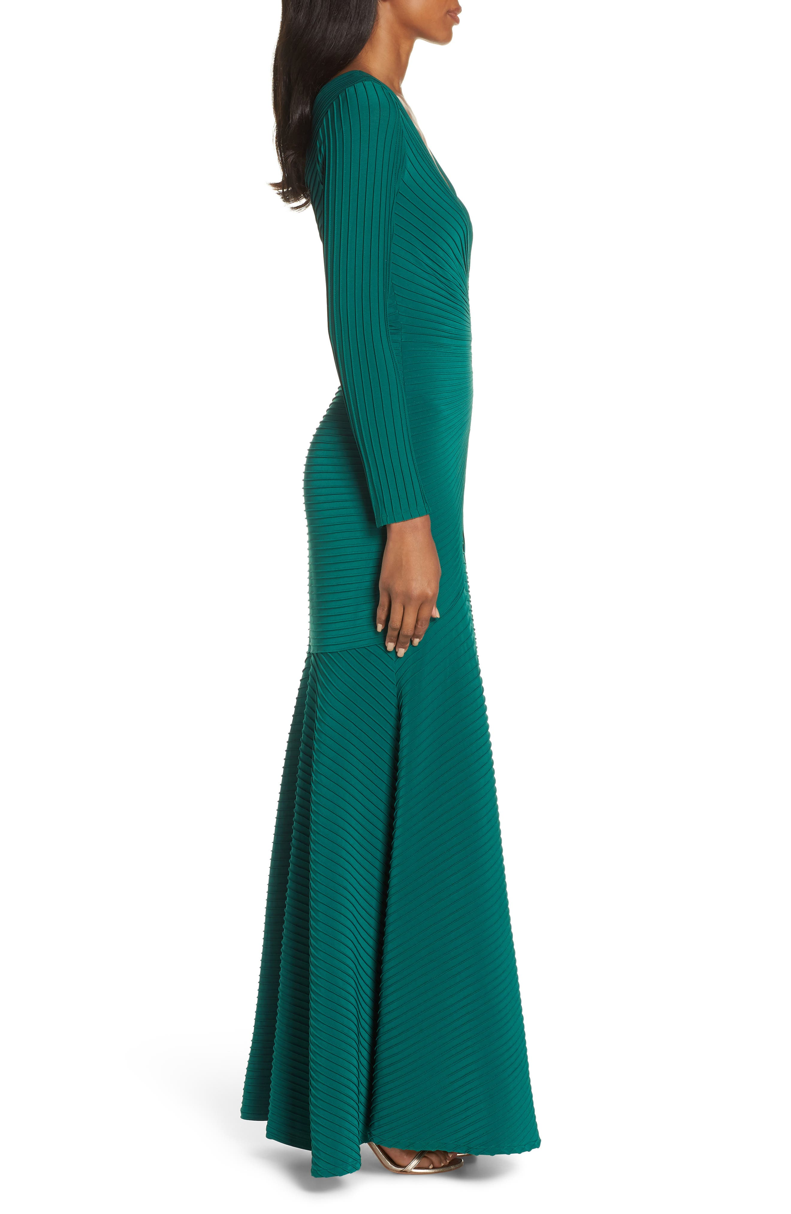 Pintuck Trumpet Gown,                             Alternate thumbnail 3, color,                             FOREST