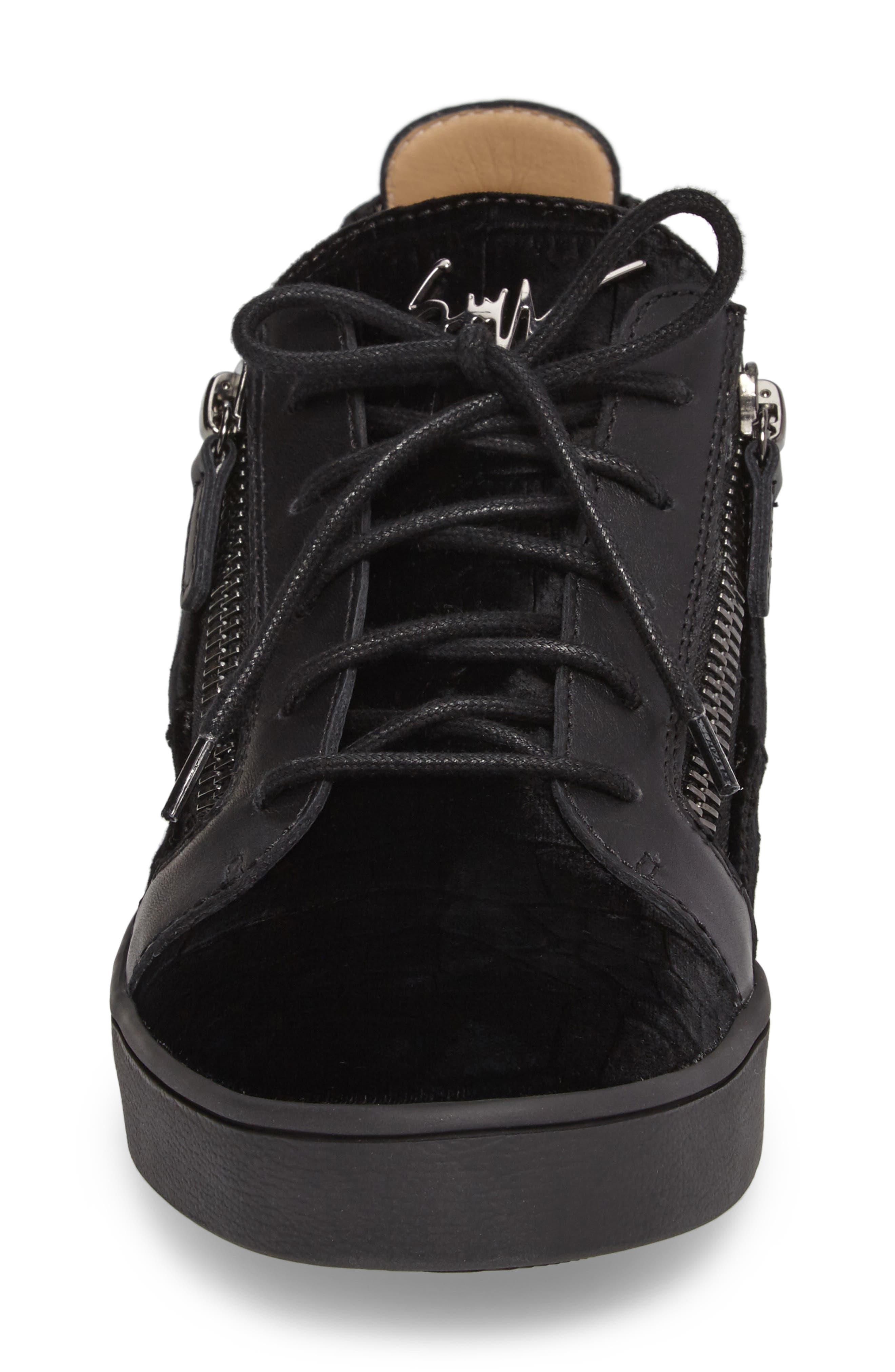 Low Top Sneaker,                             Alternate thumbnail 4, color,                             001