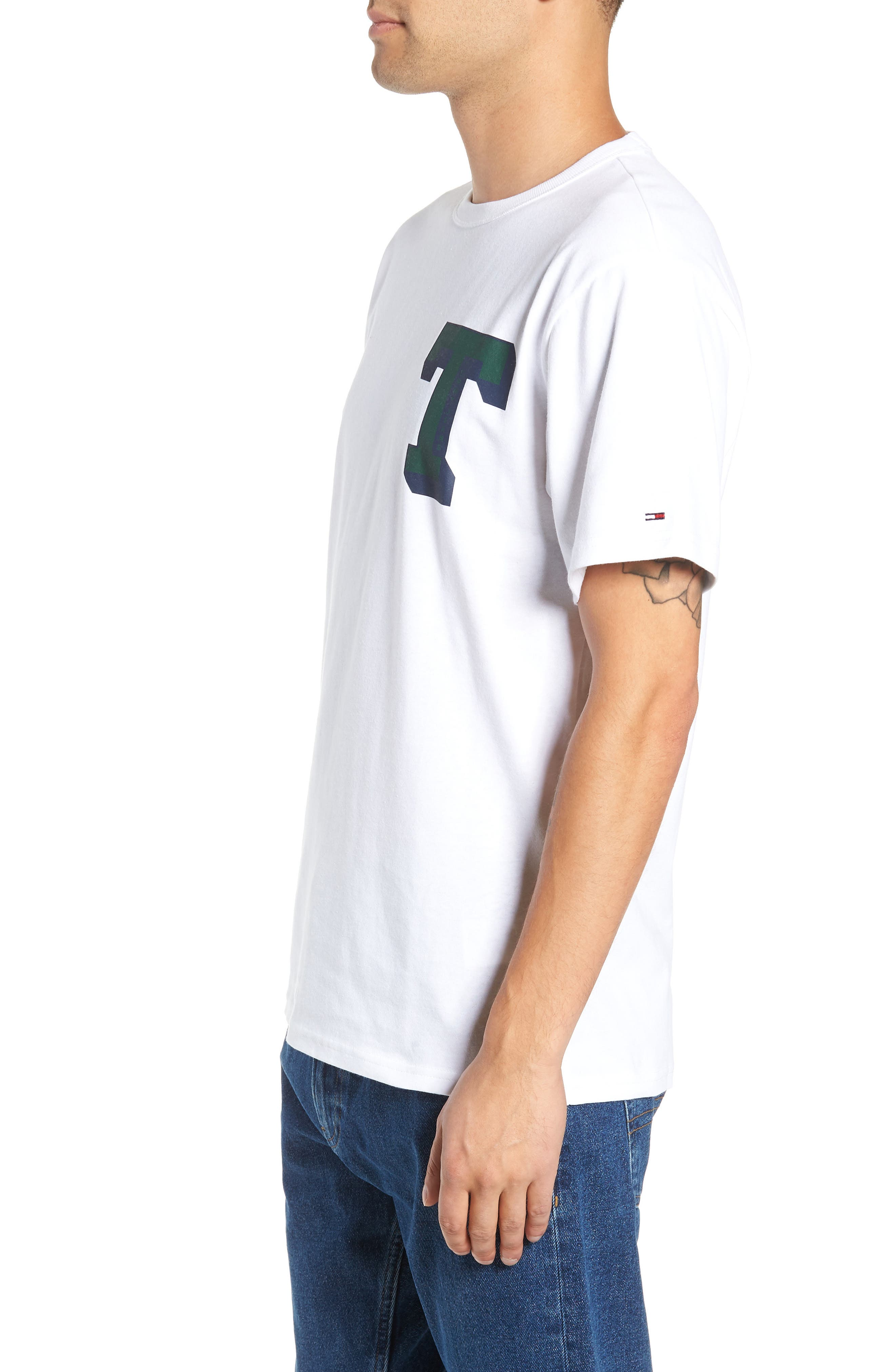 TOMMY JEANS,                             Essential Graphic T-Shirt,                             Alternate thumbnail 3, color,                             100