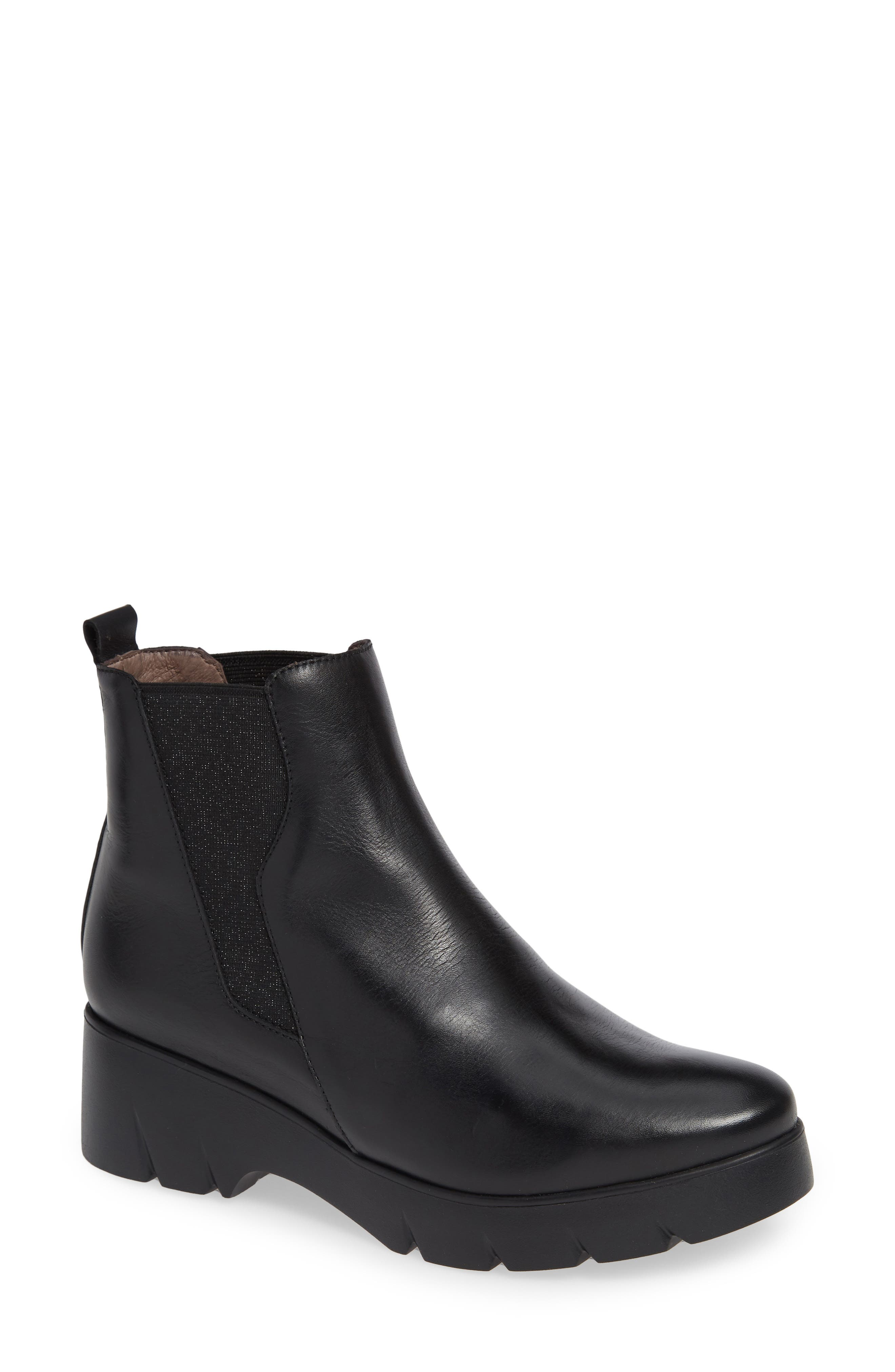 Wonders Pull-On Chelsea Boot, Black