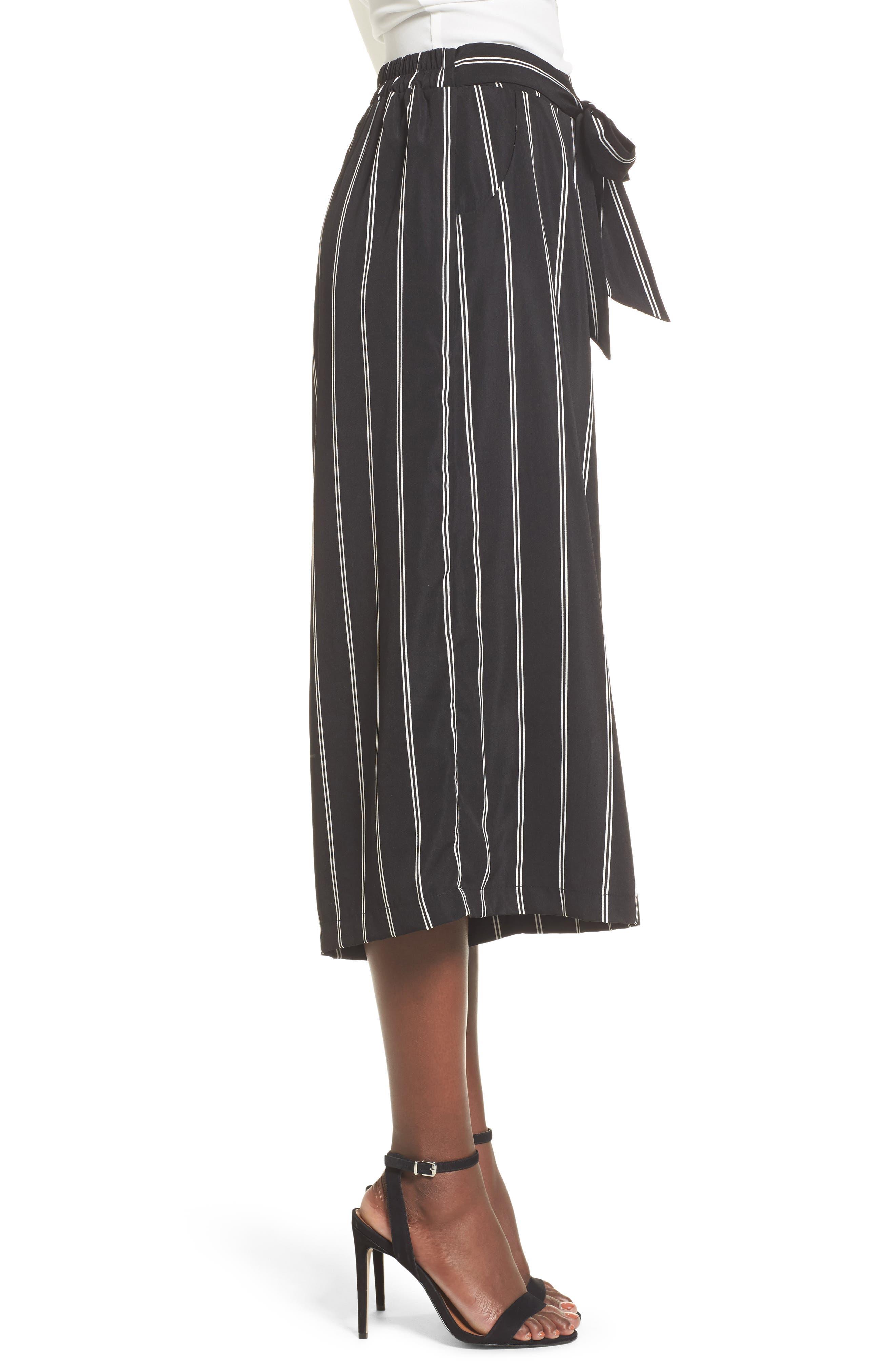 Stripe Tie Front Crop Pants,                             Alternate thumbnail 3, color,                             001