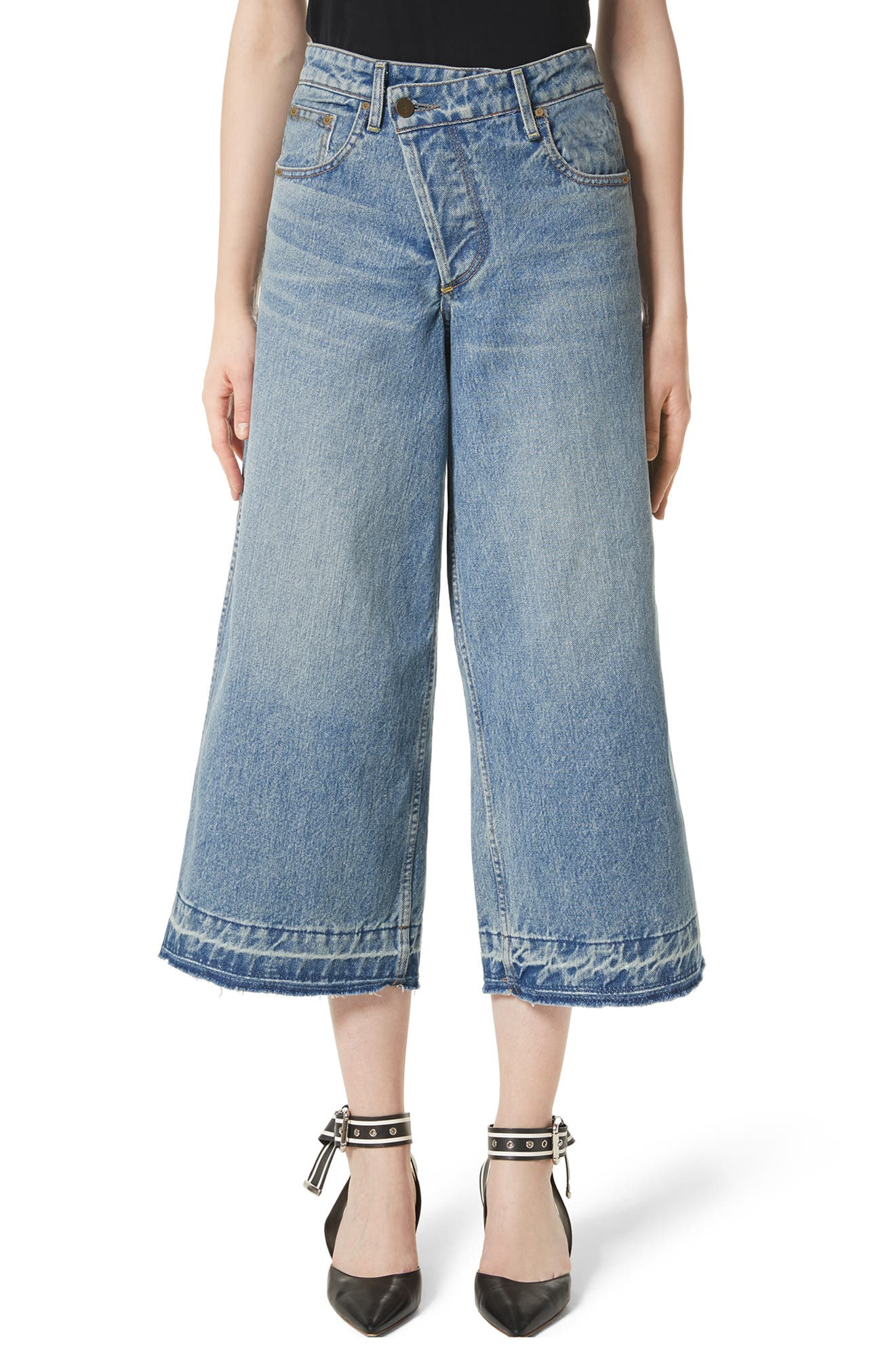 Shifted Zip Crop Wide Leg Jeans,                         Main,                         color, 400