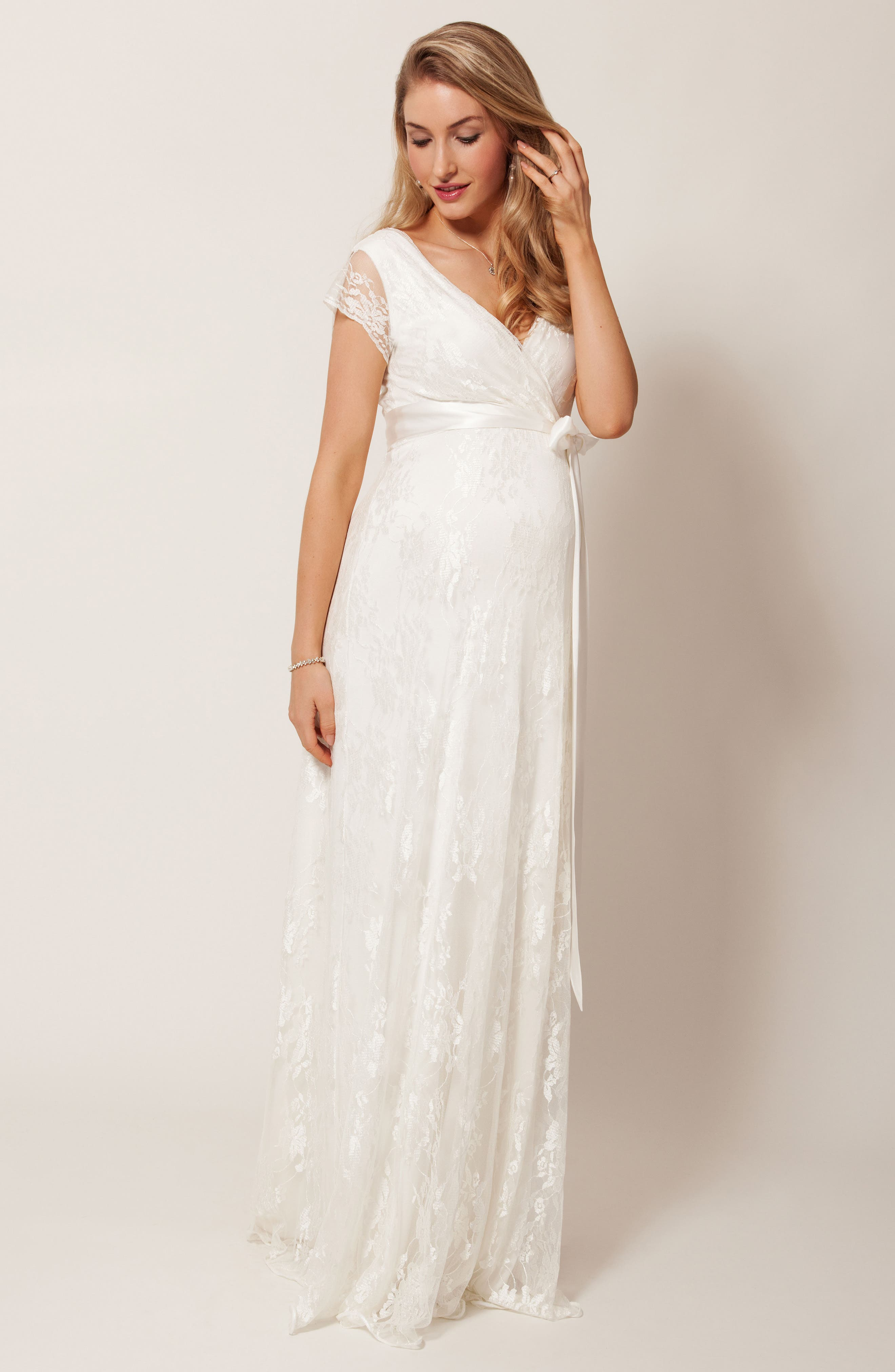 Eden Lace Maternity Gown,                             Alternate thumbnail 8, color,                             IVORY DREAM