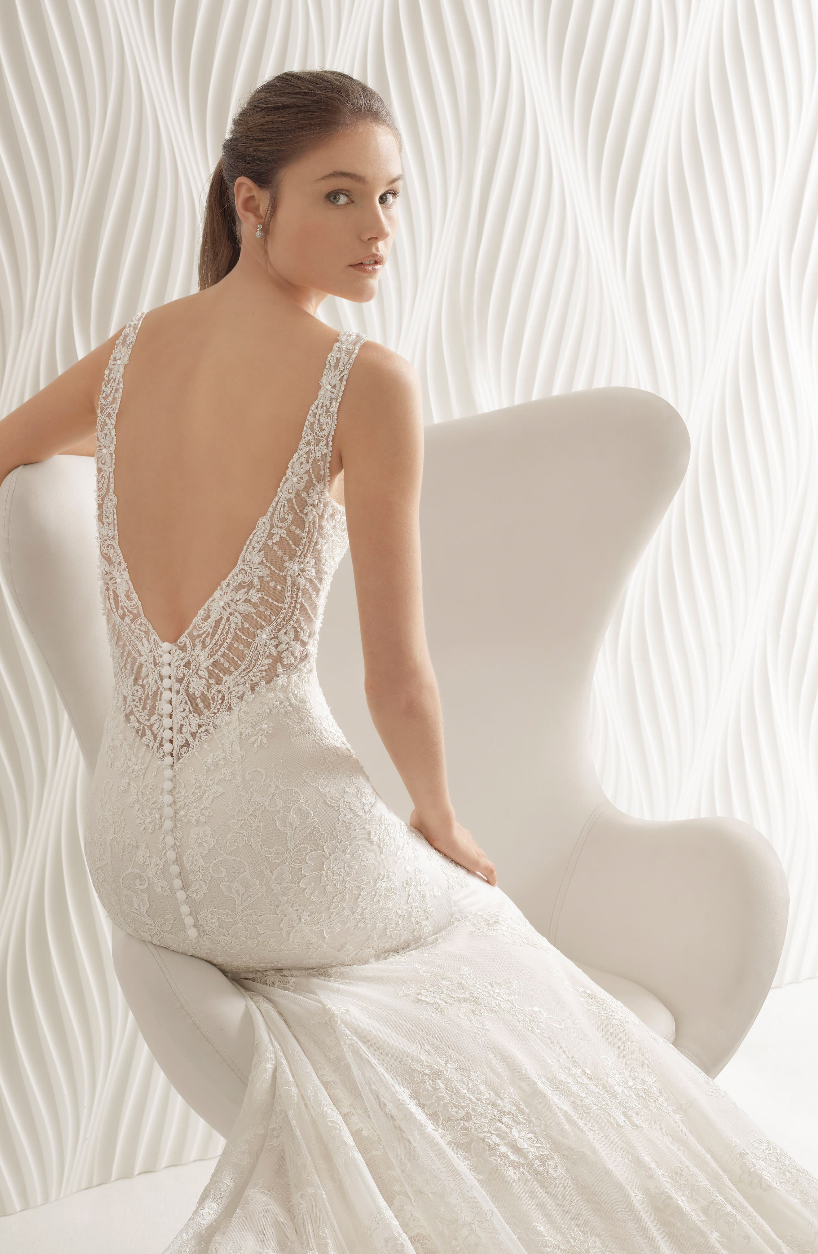 Acuario Beaded Lace Trumpet Gown,                             Alternate thumbnail 3, color,
