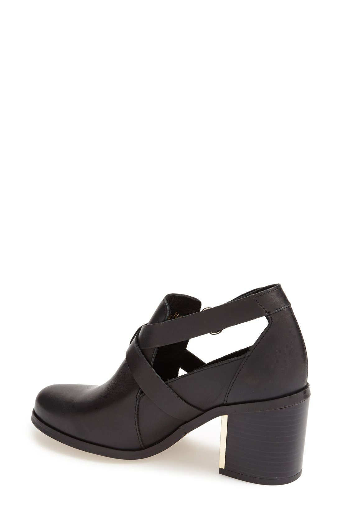 TOPSHOP,                             'Mirror' Crisscross Strap Leather Ankle Boot,                             Alternate thumbnail 4, color,                             001