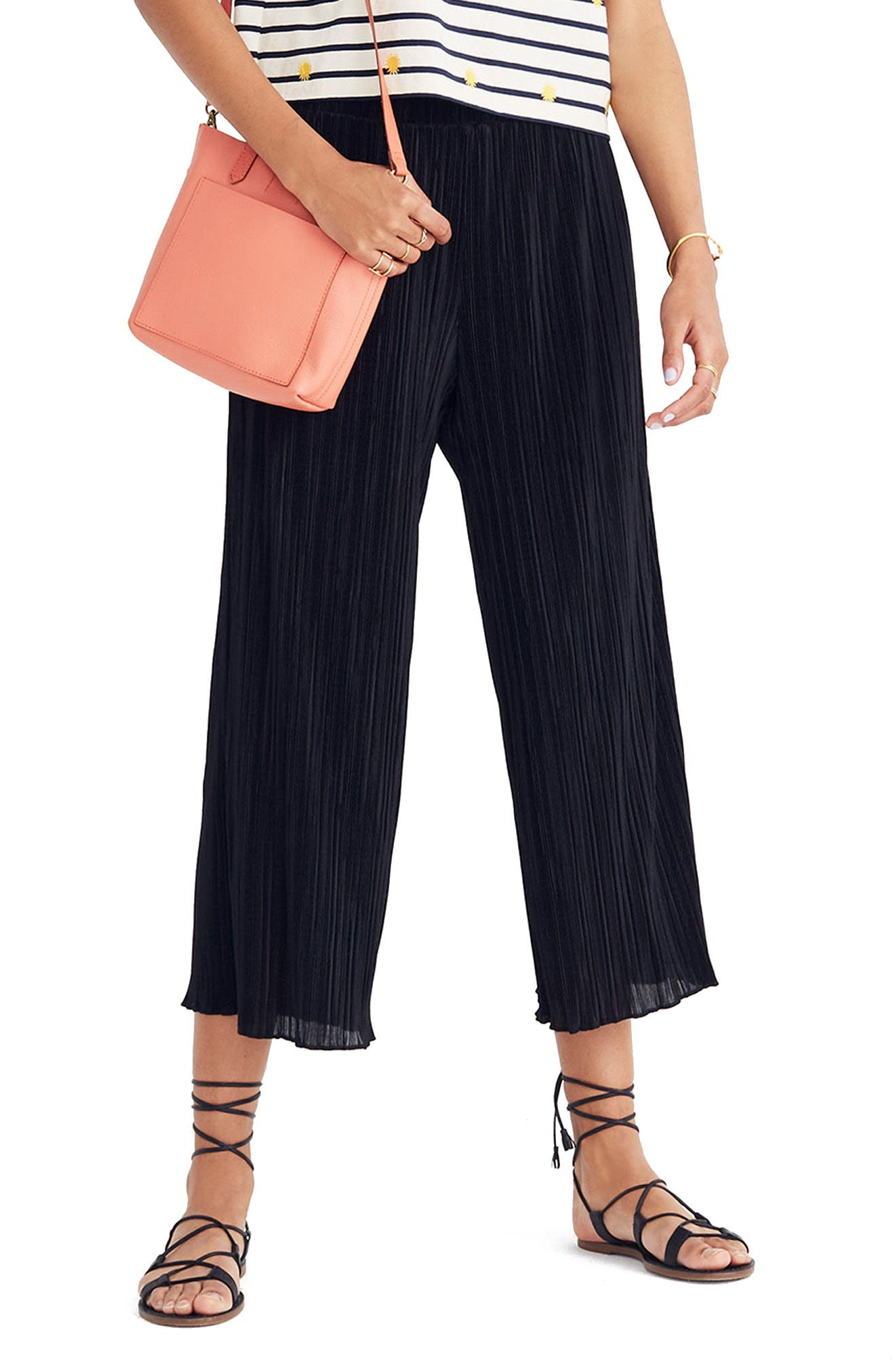 Texture & Thread Micropleat Wide Leg Pants,                         Main,                         color, 001