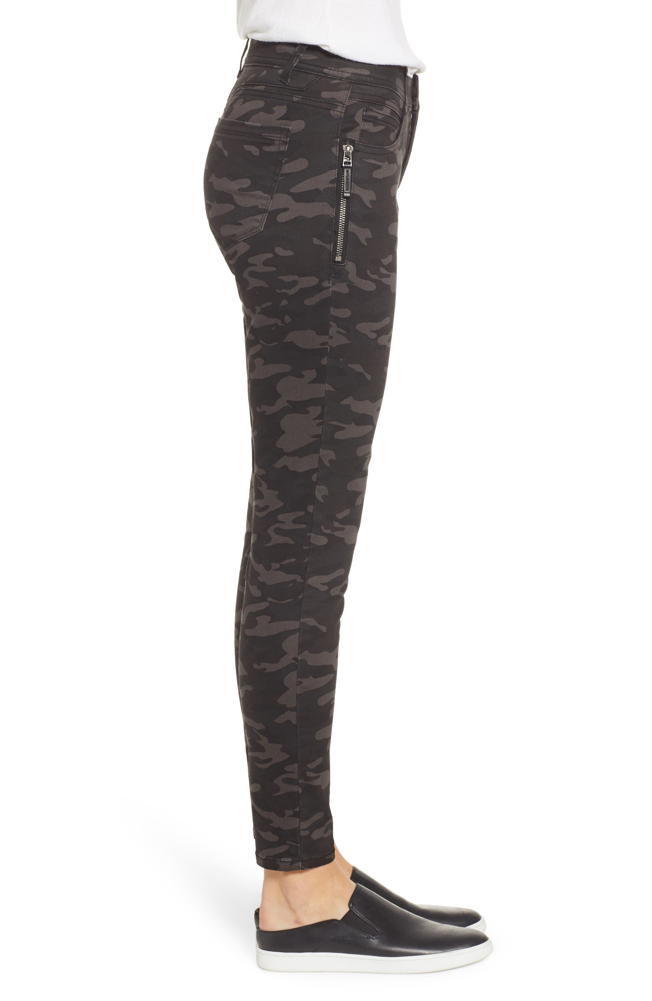 Ab-Solution Camo Ankle Pants,                             Alternate thumbnail 3, color,                             BLACK