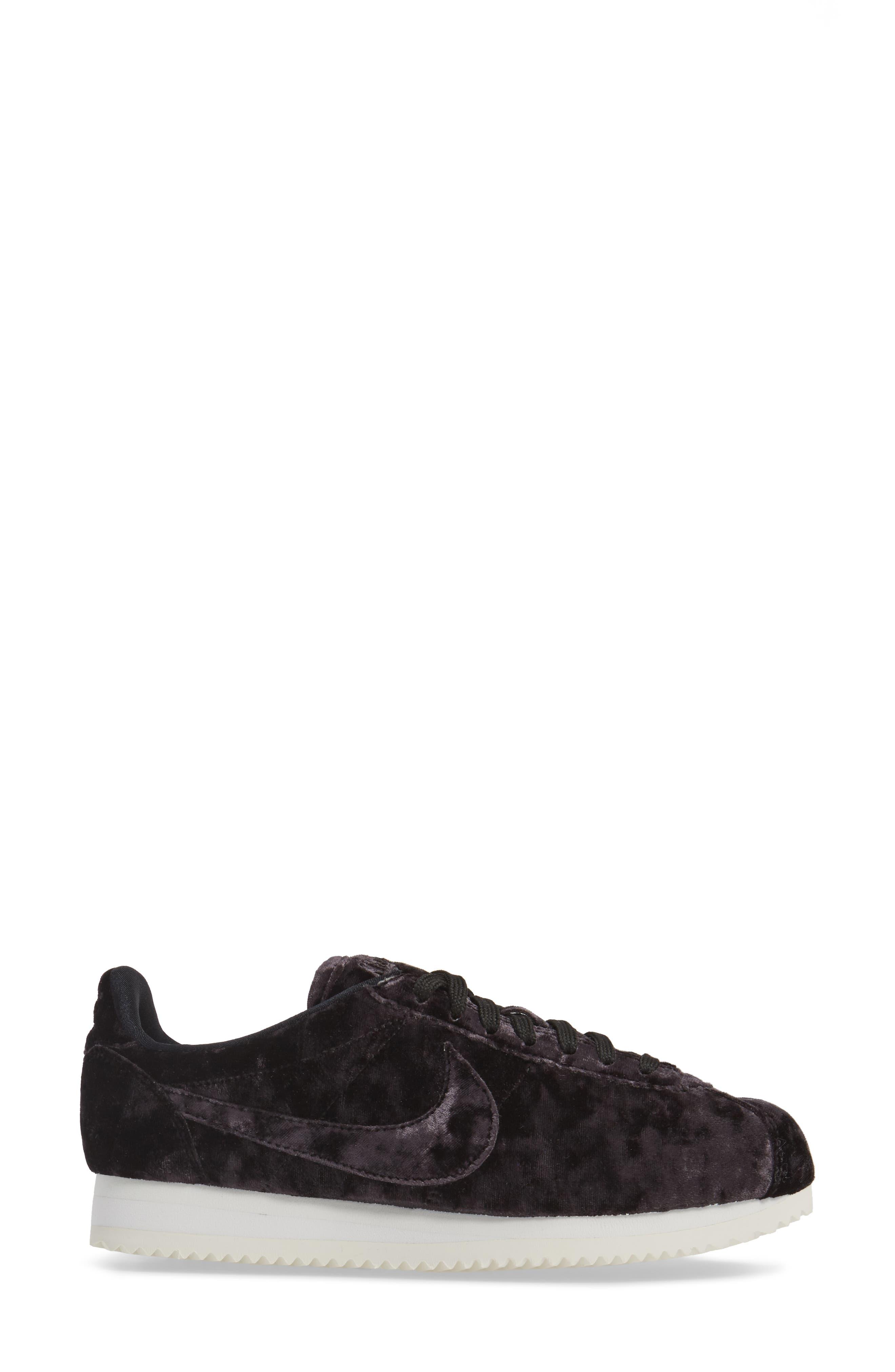 Cortez Classic LX Sneaker,                             Alternate thumbnail 3, color,                             001