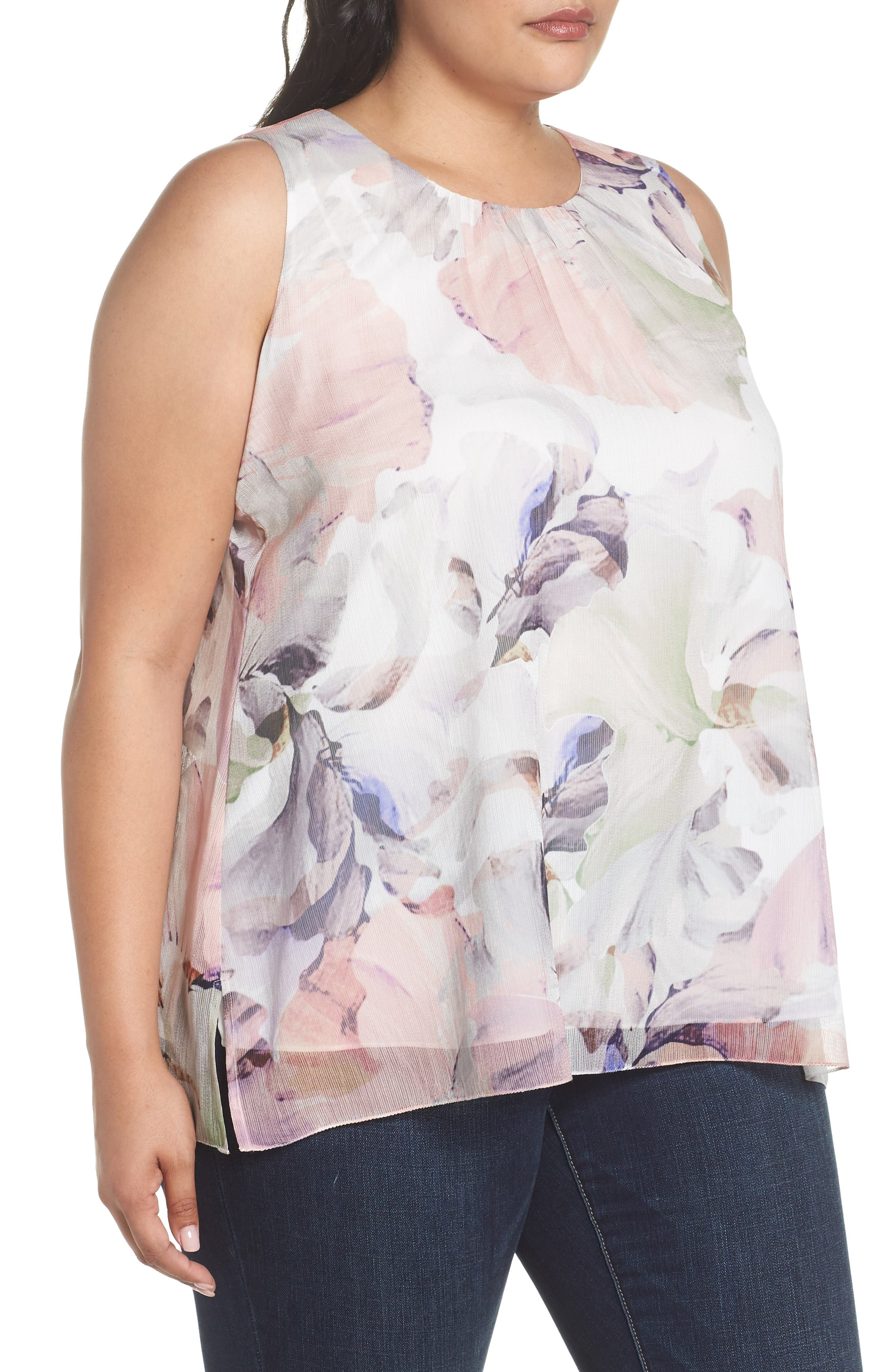 VINCE CAMUTO,                             Diffused Blooms Blouse,                             Alternate thumbnail 3, color,                             903