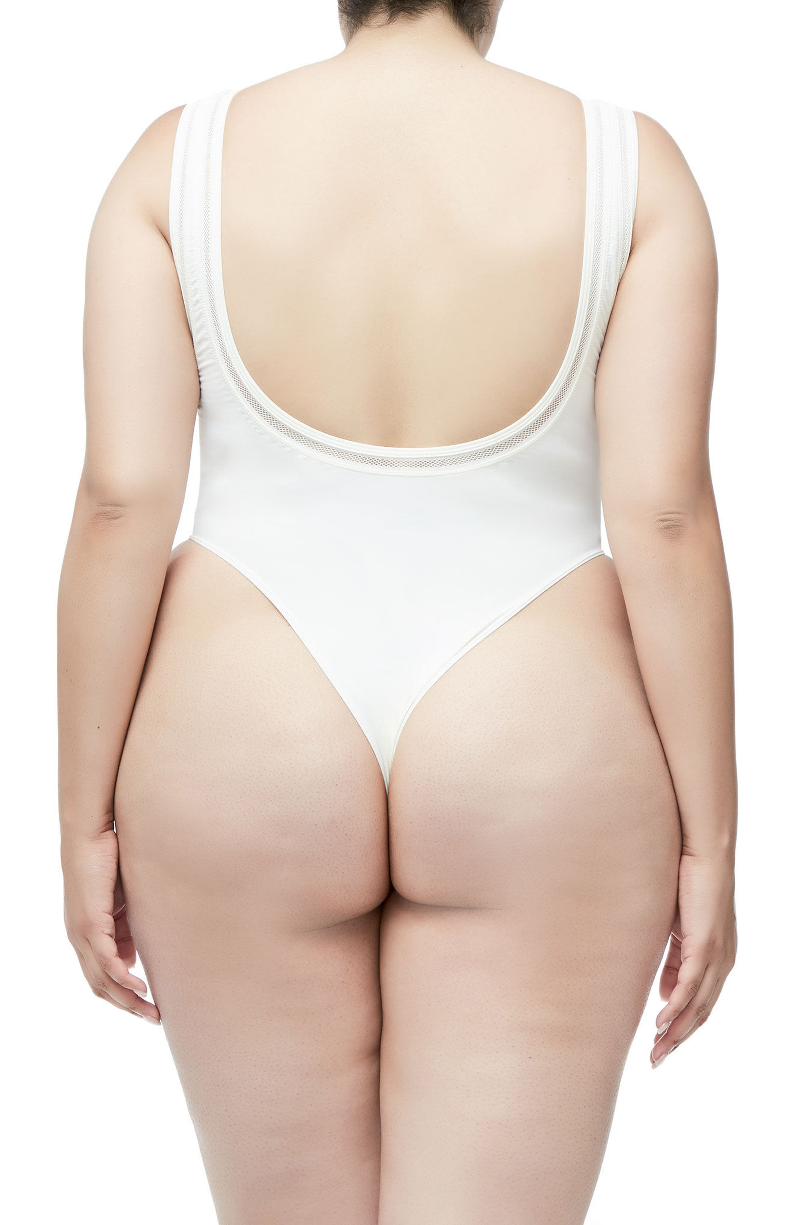 GOOD AMERICAN,                             Good Body Khlo Thong Bodysuit,                             Alternate thumbnail 4, color,                             120