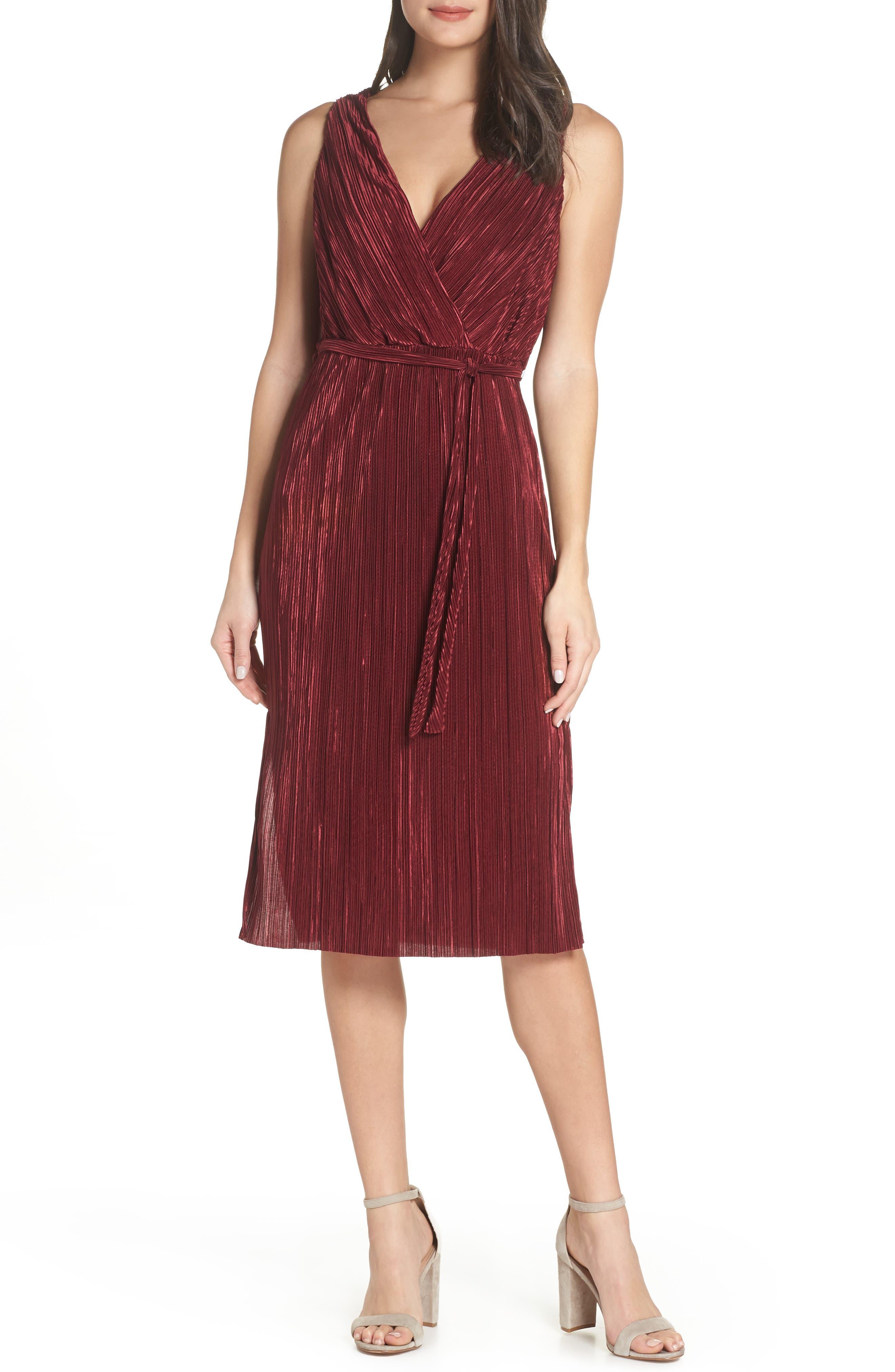 Bb Dakota Sleeveless Pleated Dress, Burgundy