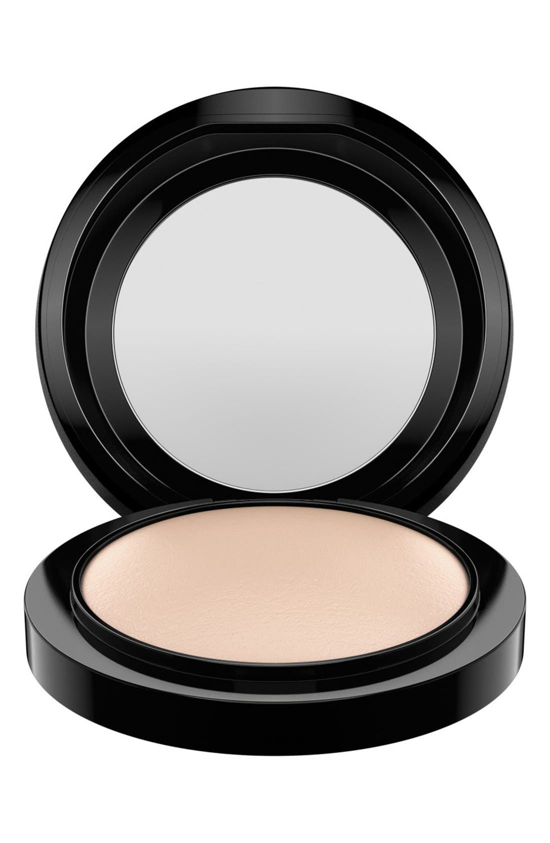 MAC Mineralize Skinfinish Natural,                             Alternate thumbnail 3, color,                             LIGHT