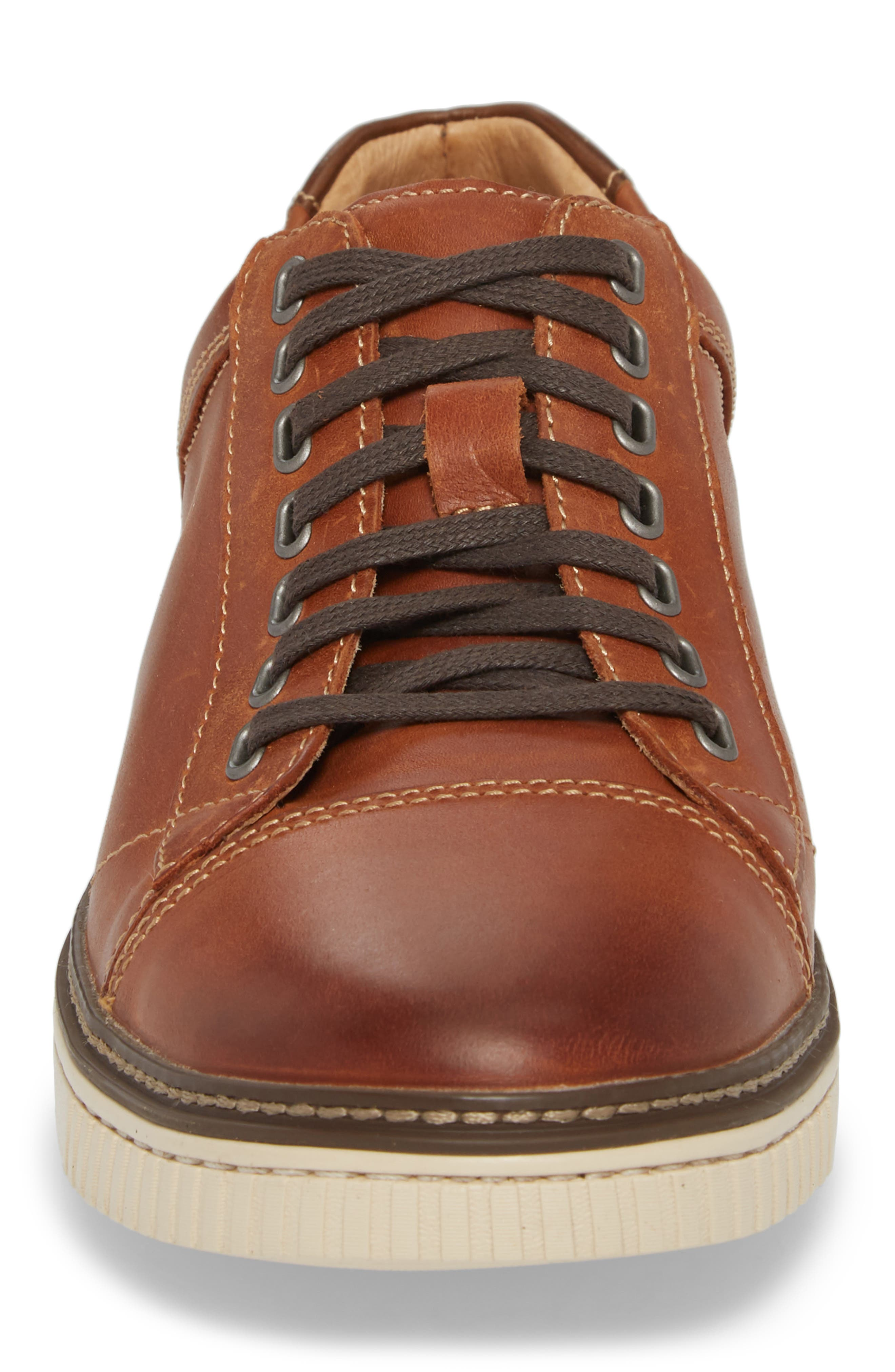 Wallace Low Top Sneaker,                             Alternate thumbnail 4, color,                             TAN NUBUCK