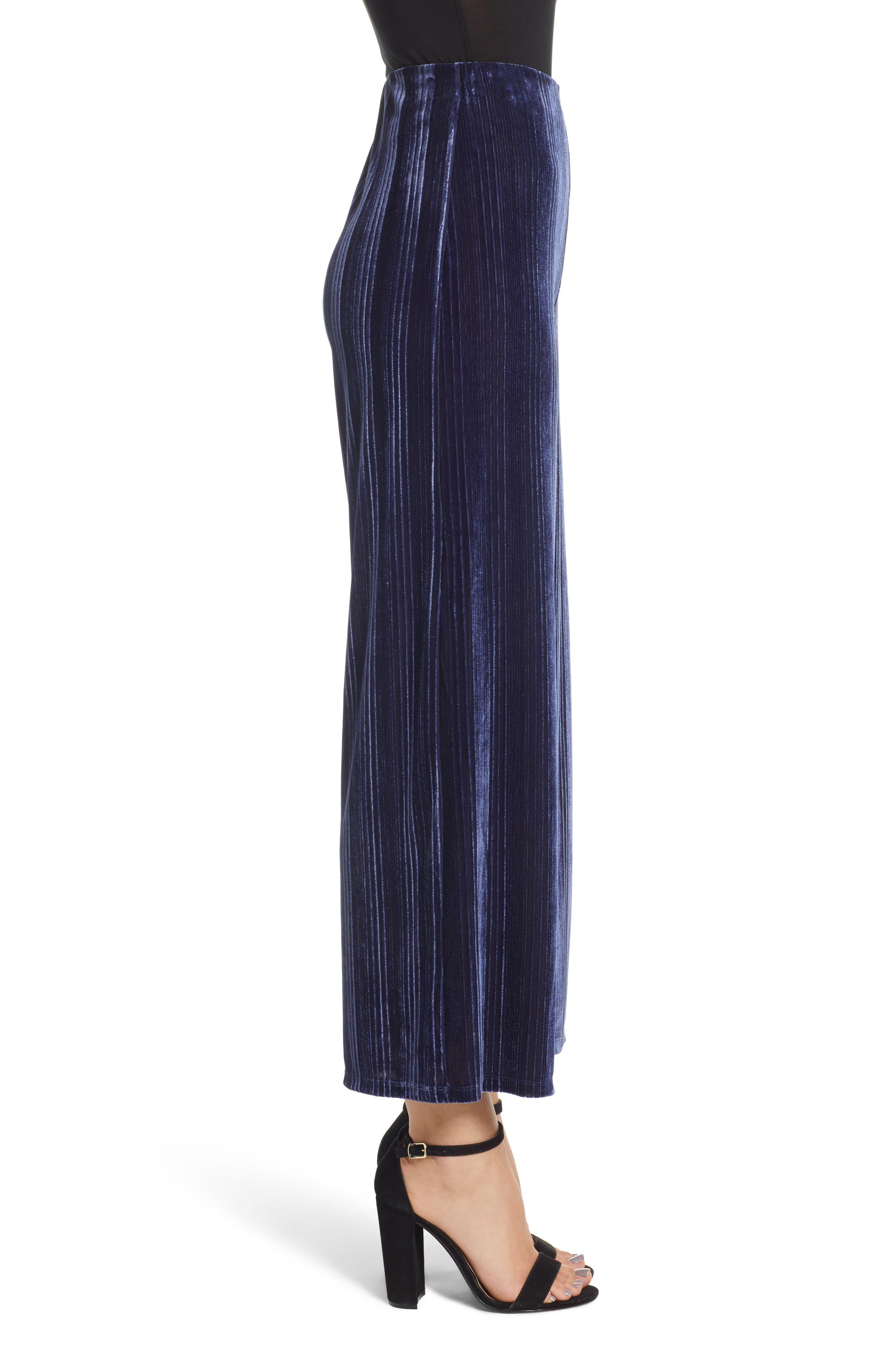 Velour Wide Leg Crop Pants,                             Alternate thumbnail 3, color,                             NAVY MARITIME